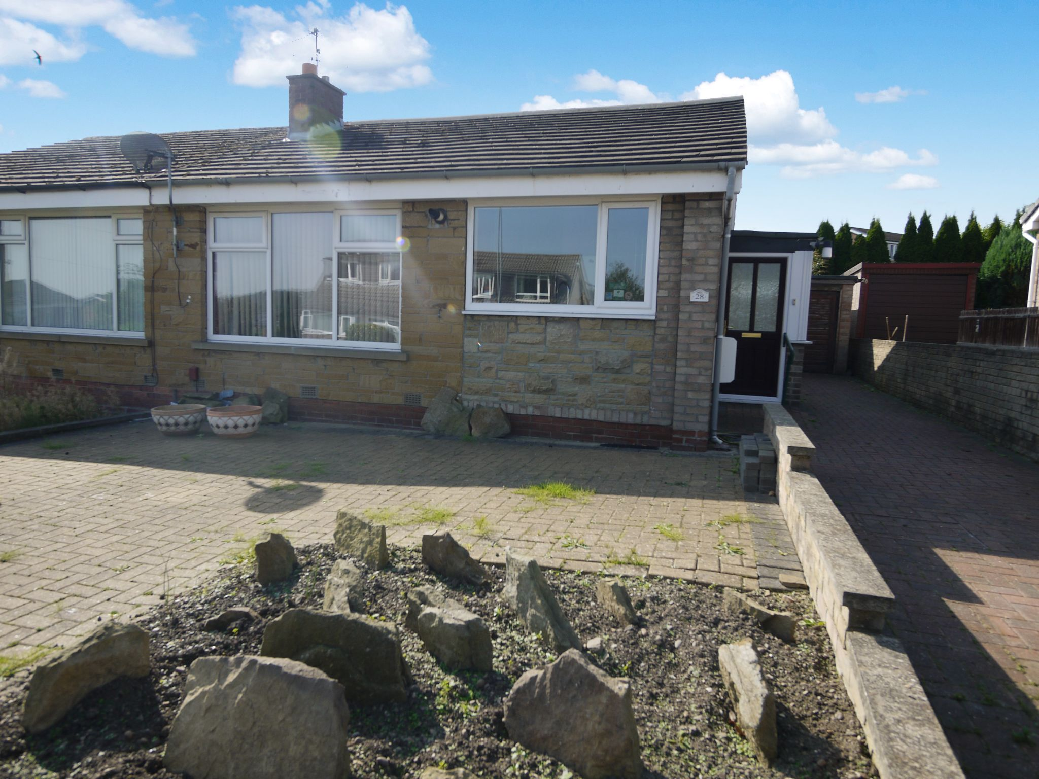 2 bedroom semi-detached bungalow SSTC in Brighouse - Main.