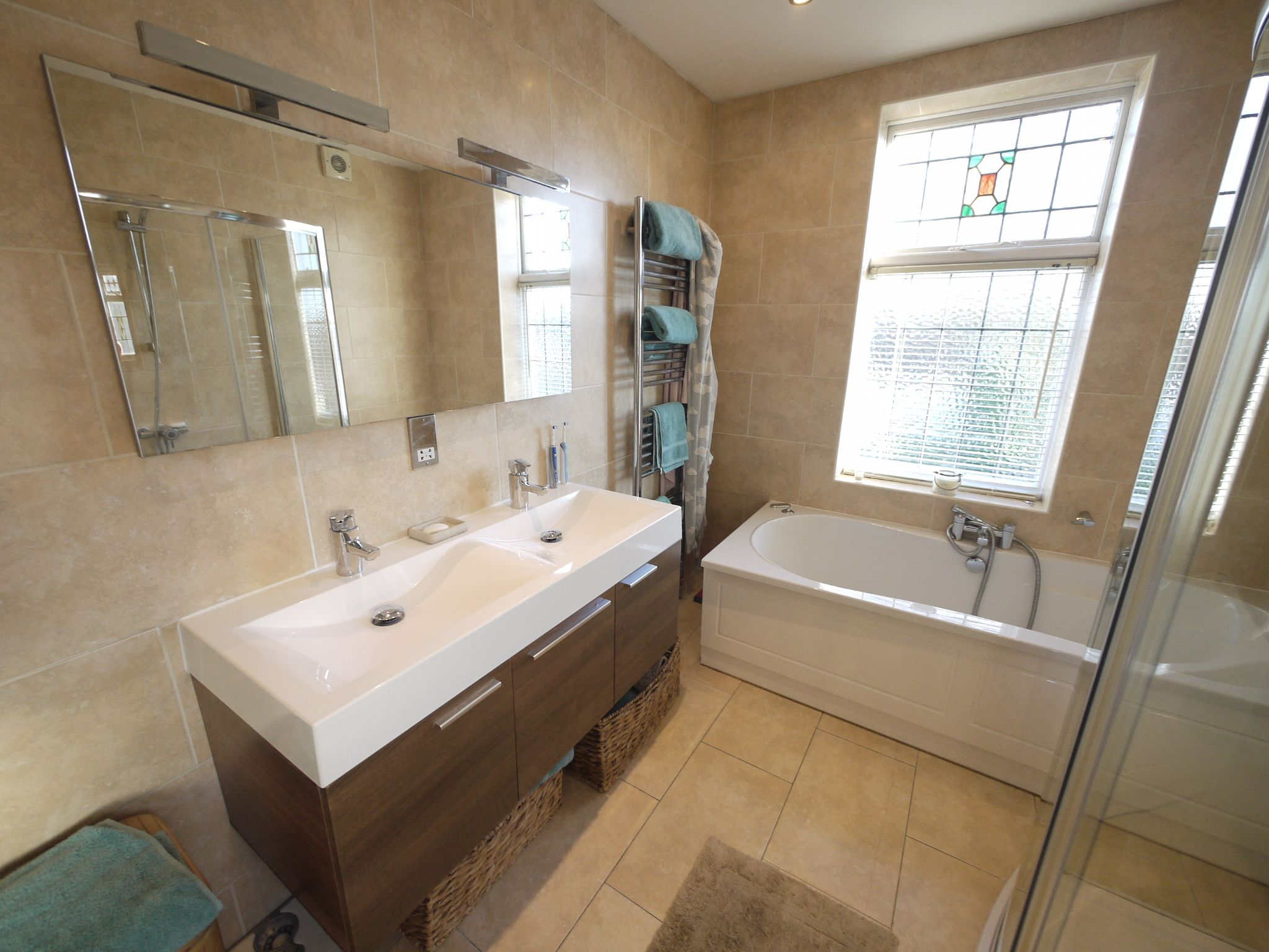 4 bedroom semi-detached house SSTC in Brighouse - Photograph 7.