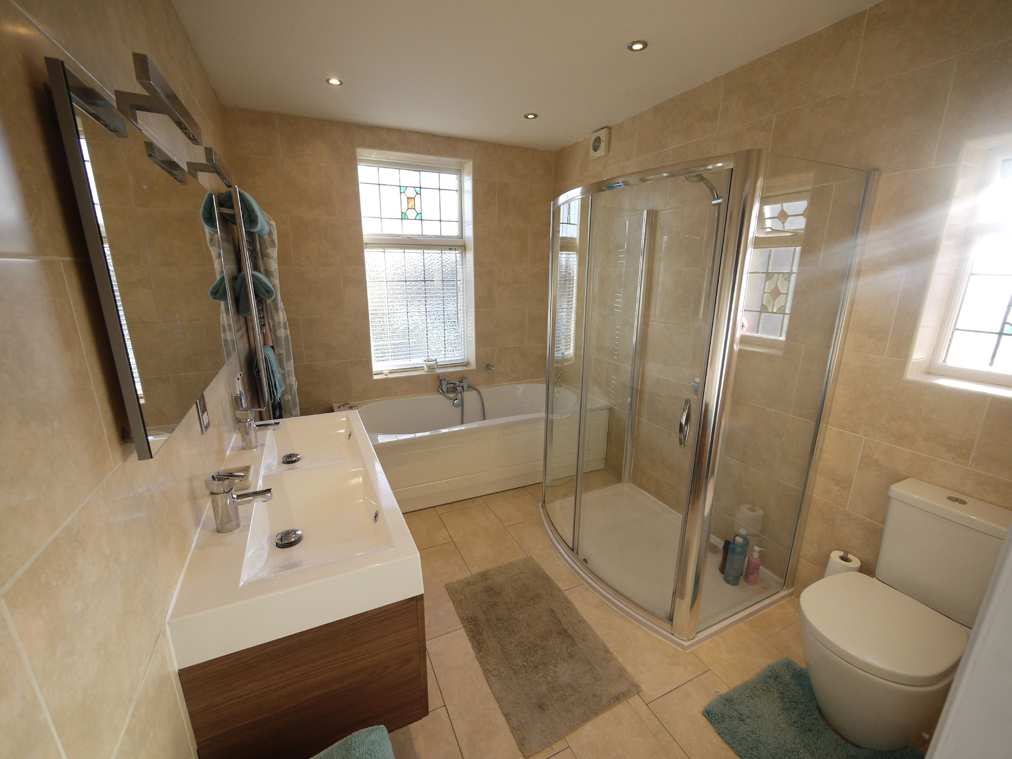 4 bedroom semi-detached house SSTC in Brighouse - Photograph 8.