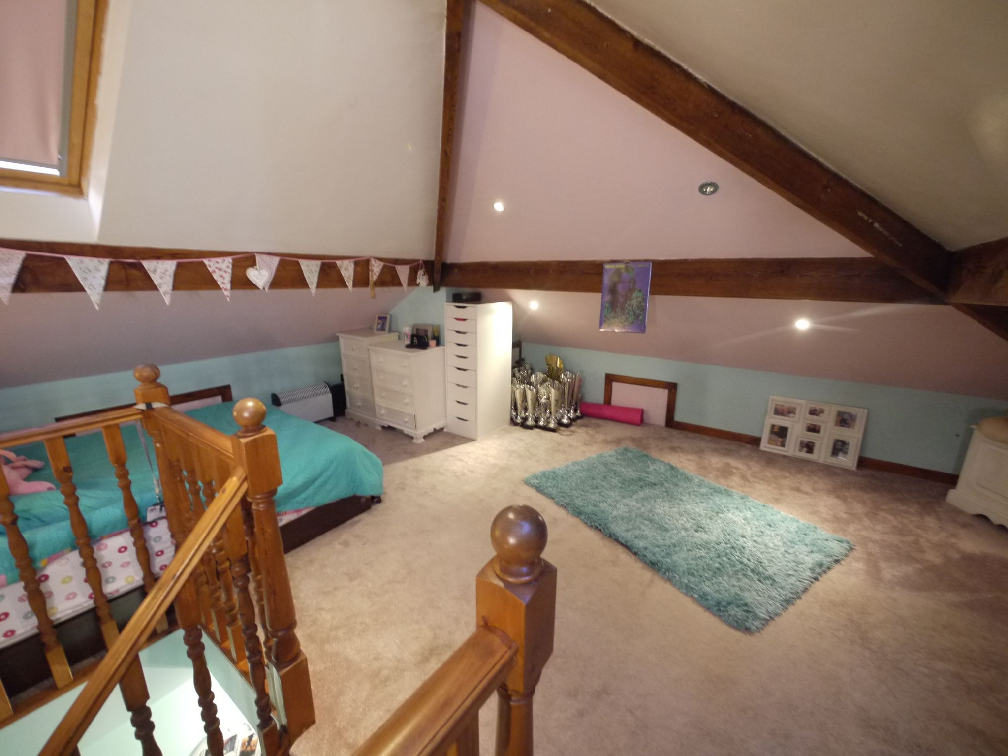 4 bedroom semi-detached house SSTC in Brighouse - Photograph 5.