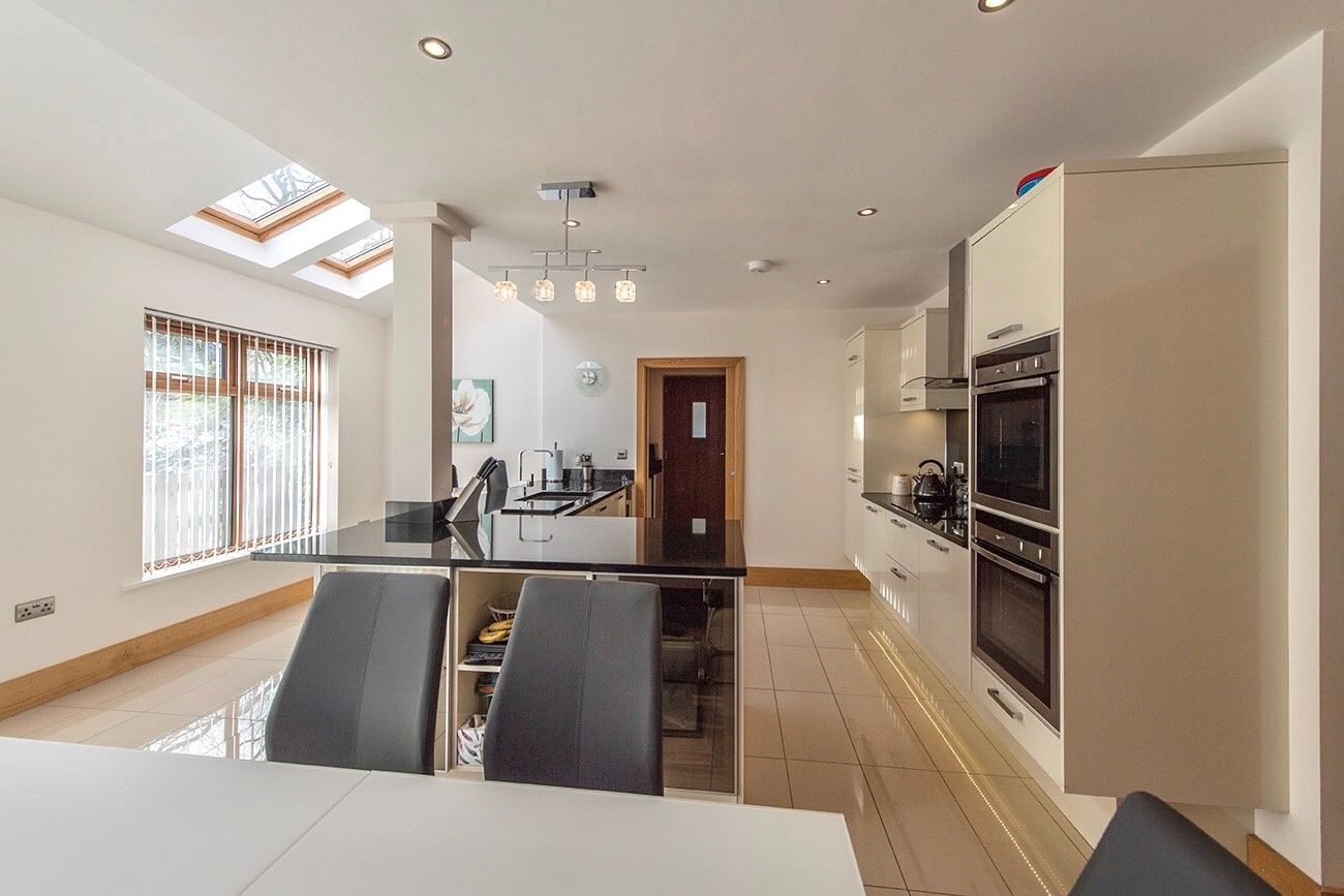 5 bedroom detached house SSTC in Halifax - Living/dining kitchen.