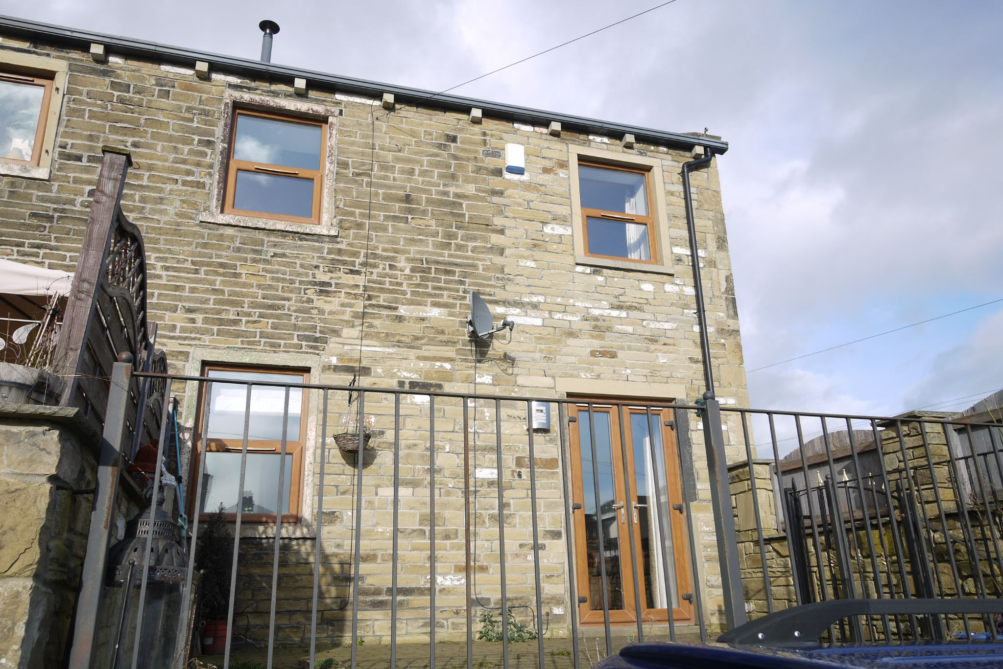 4 bedroom barn character property For Sale in Brighouse - Photograph 18.