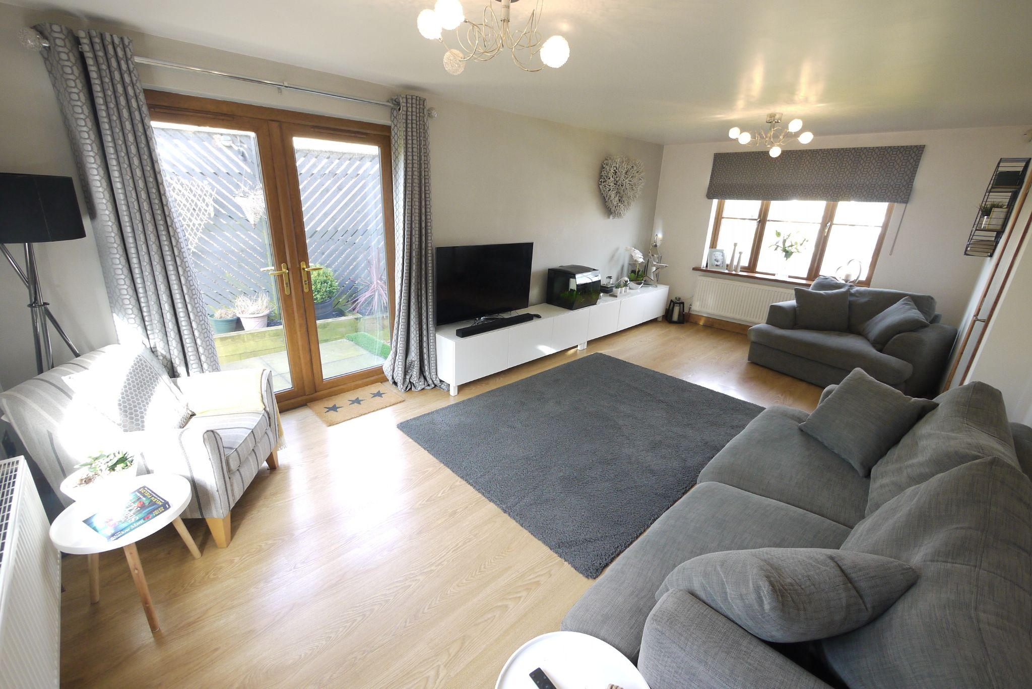 4 bedroom detached house SSTC in Brighouse - Lounge.