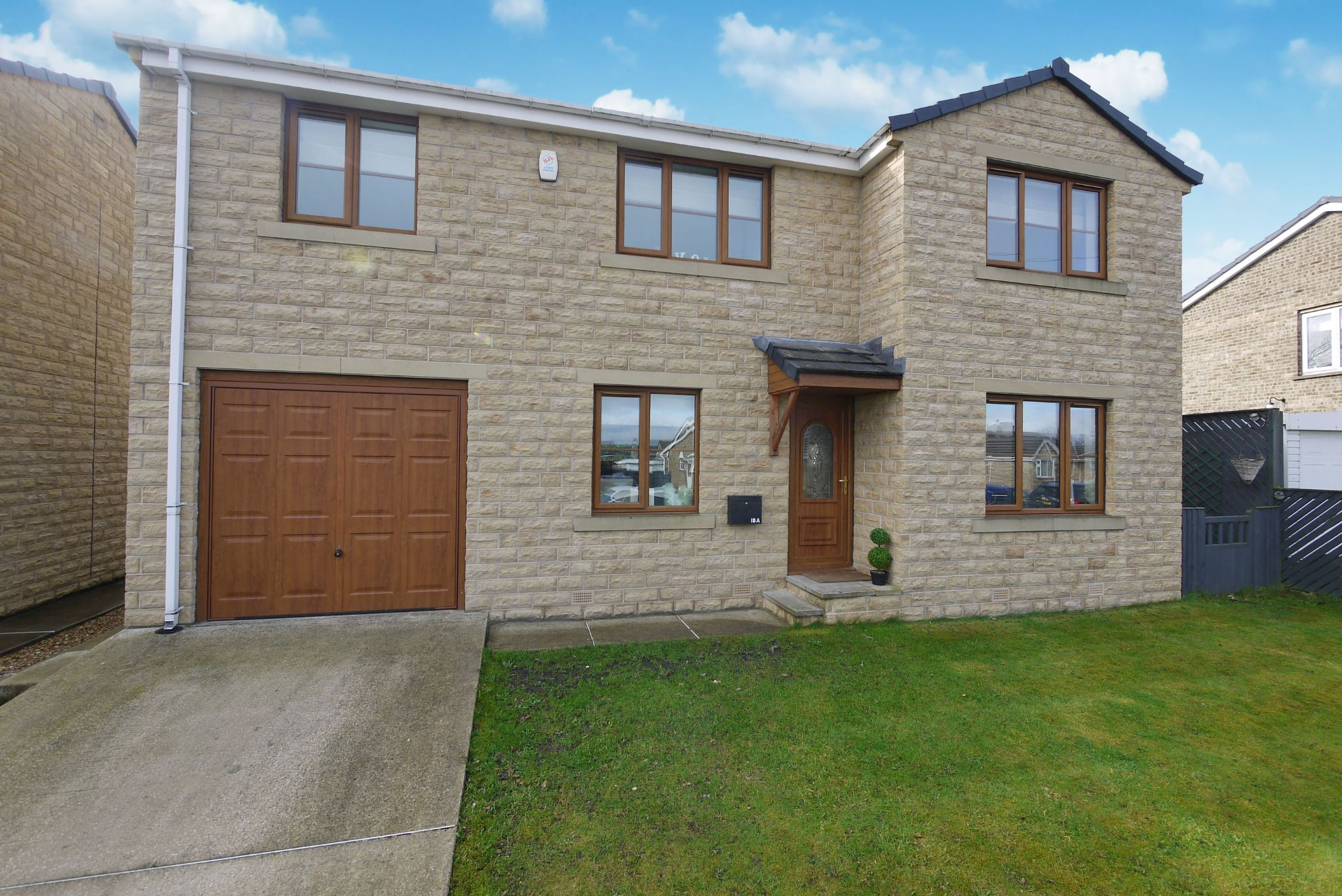 4 bedroom detached house For Sale in Brighouse - Main Shot.