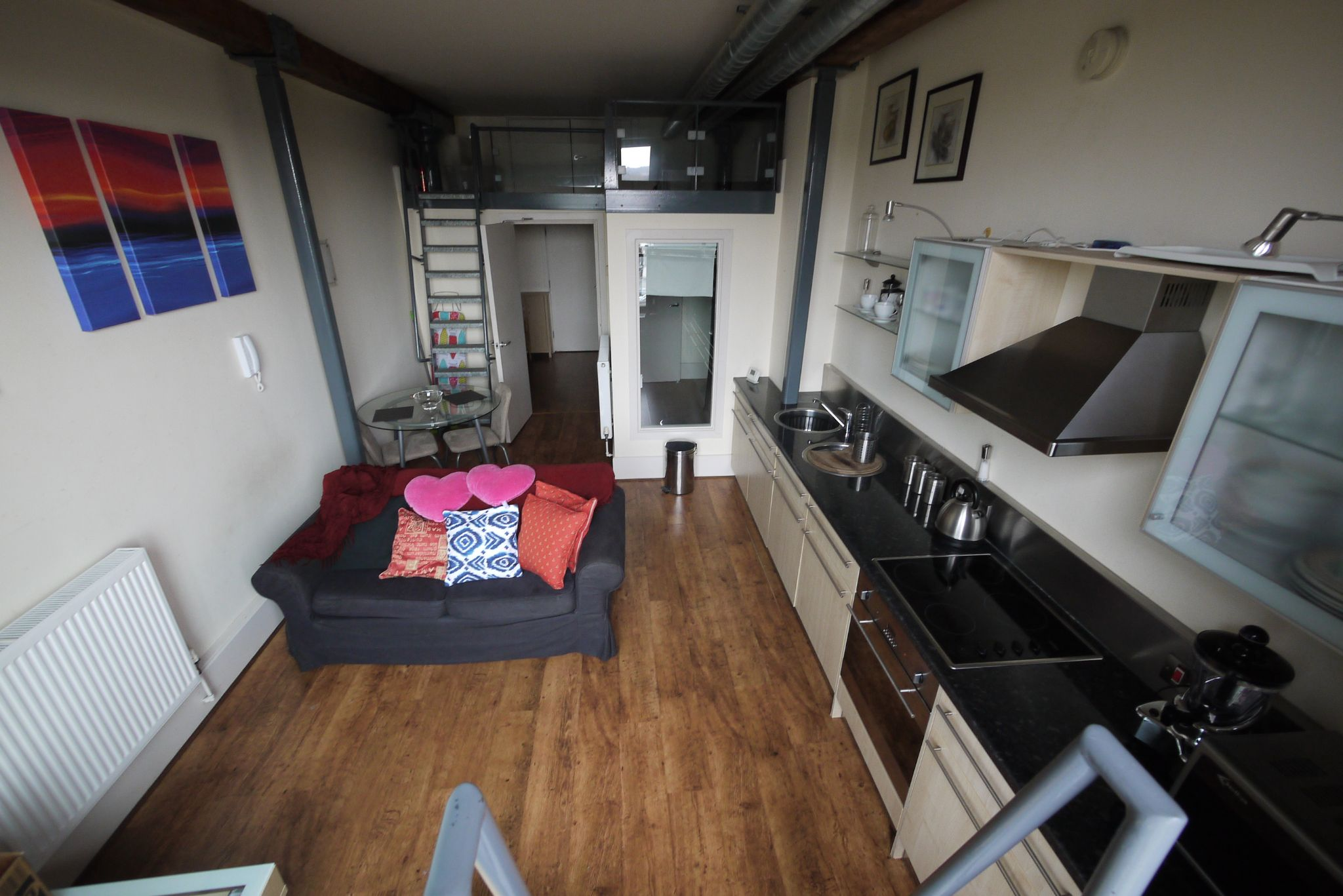 1 bedroom apartment flat/apartment SSTC in Brighouse - Living Room.