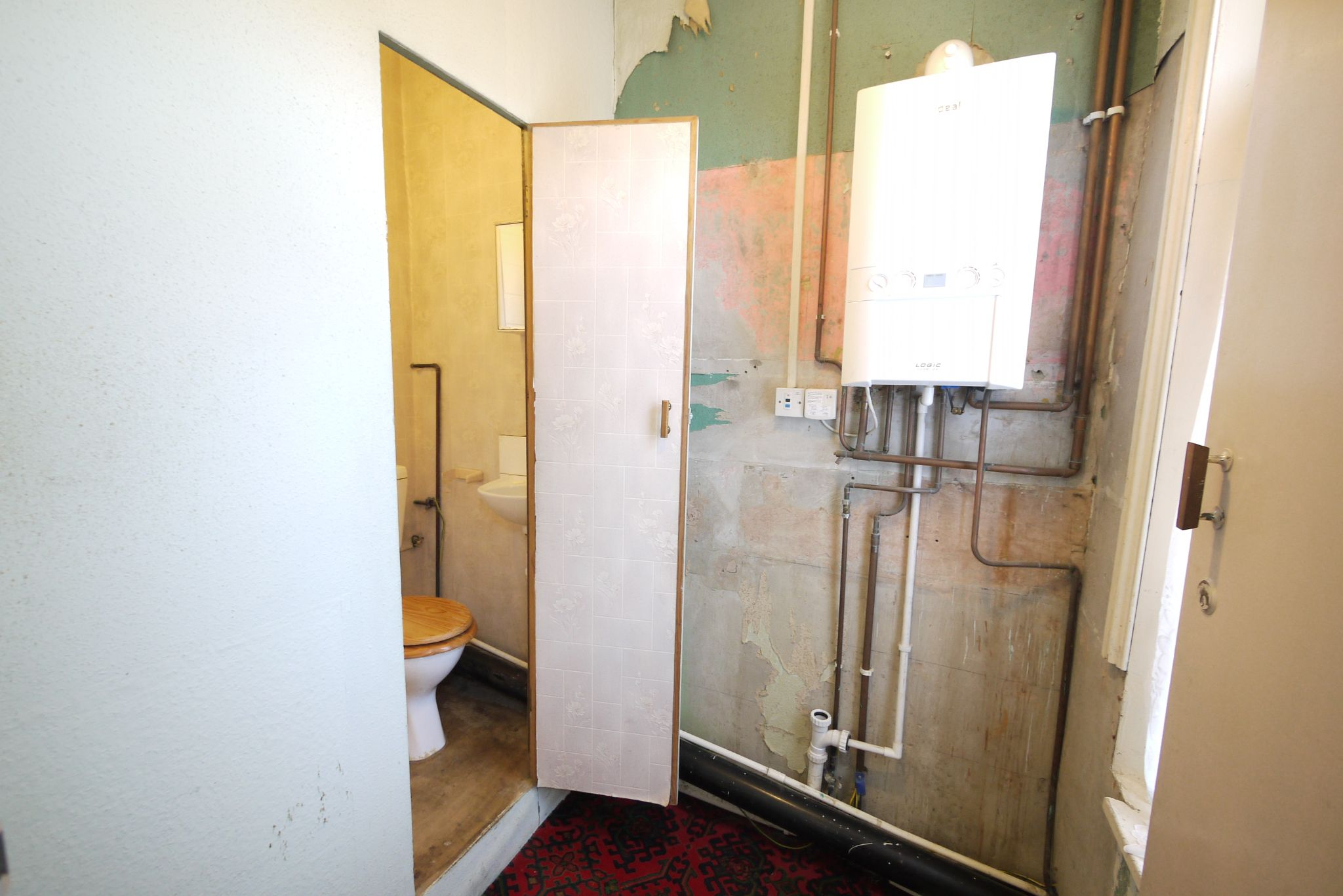 1 bedroom end terraced house SSTC in Brighouse - GF room.