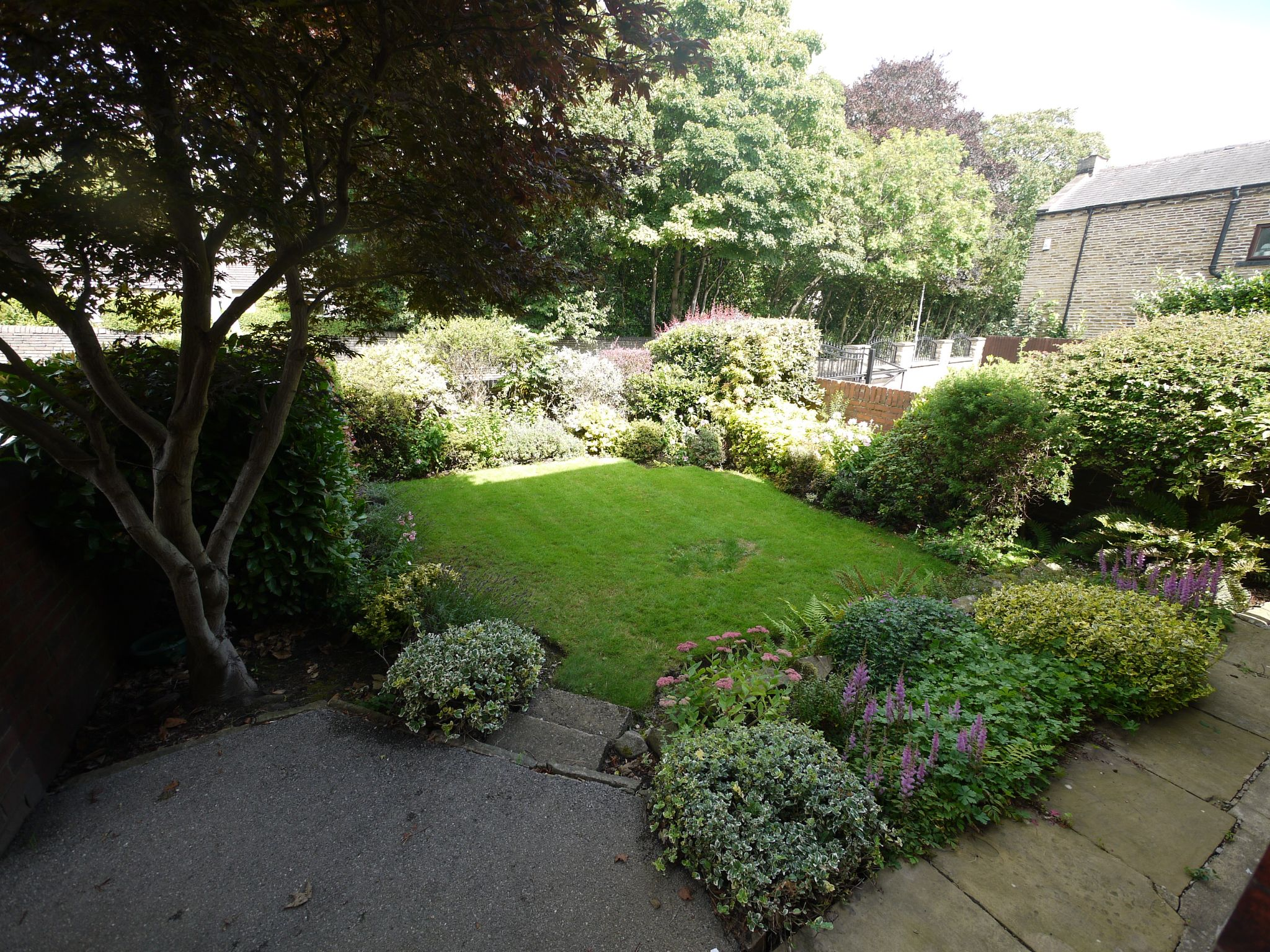 4 bedroom detached house SSTC in Halifax - Photograph 15.