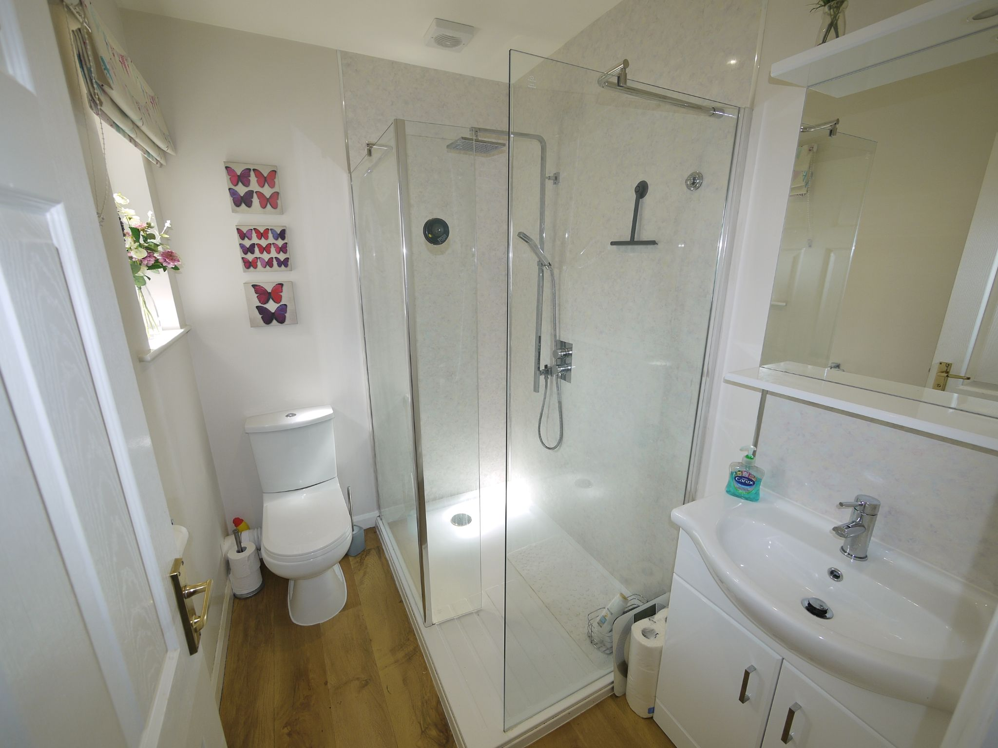4 bedroom detached house SSTC in Halifax - Photograph 9.