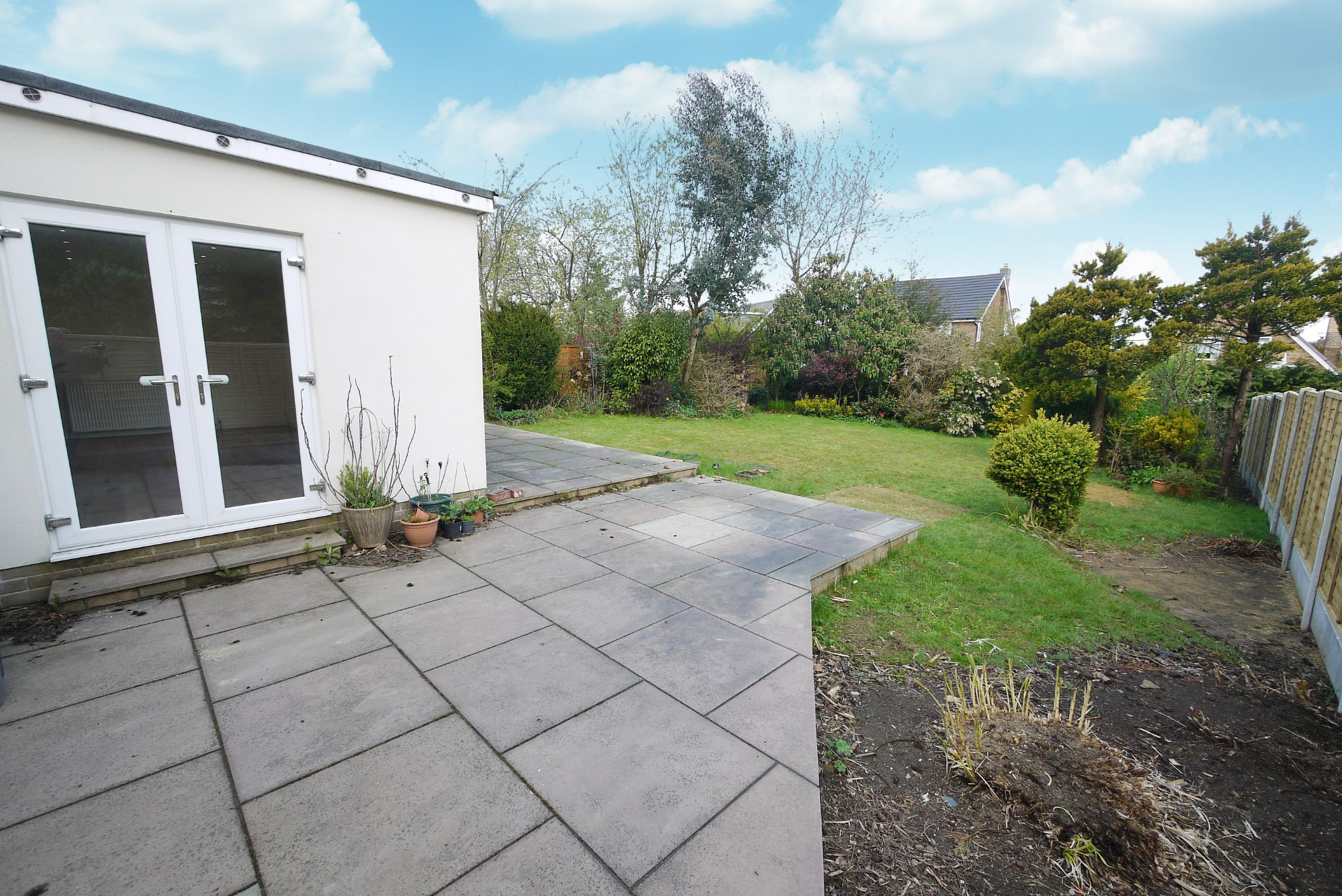 3 bedroom detached house SSTC in Brighouse - Photograph 15.
