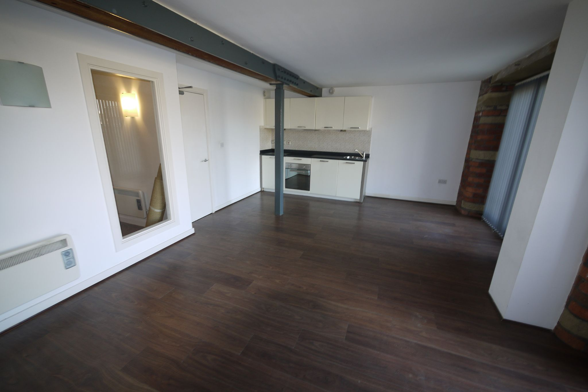 1 bedroom ground floor flat/apartment SSTC in Brighouse - Photograph 2.