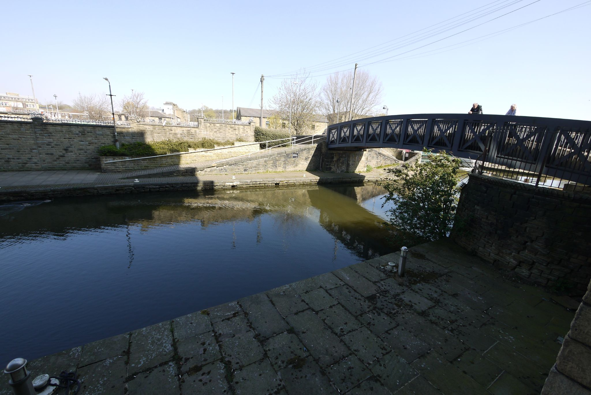 1 bedroom ground floor flat/apartment SSTC in Brighouse - Photograph 7.