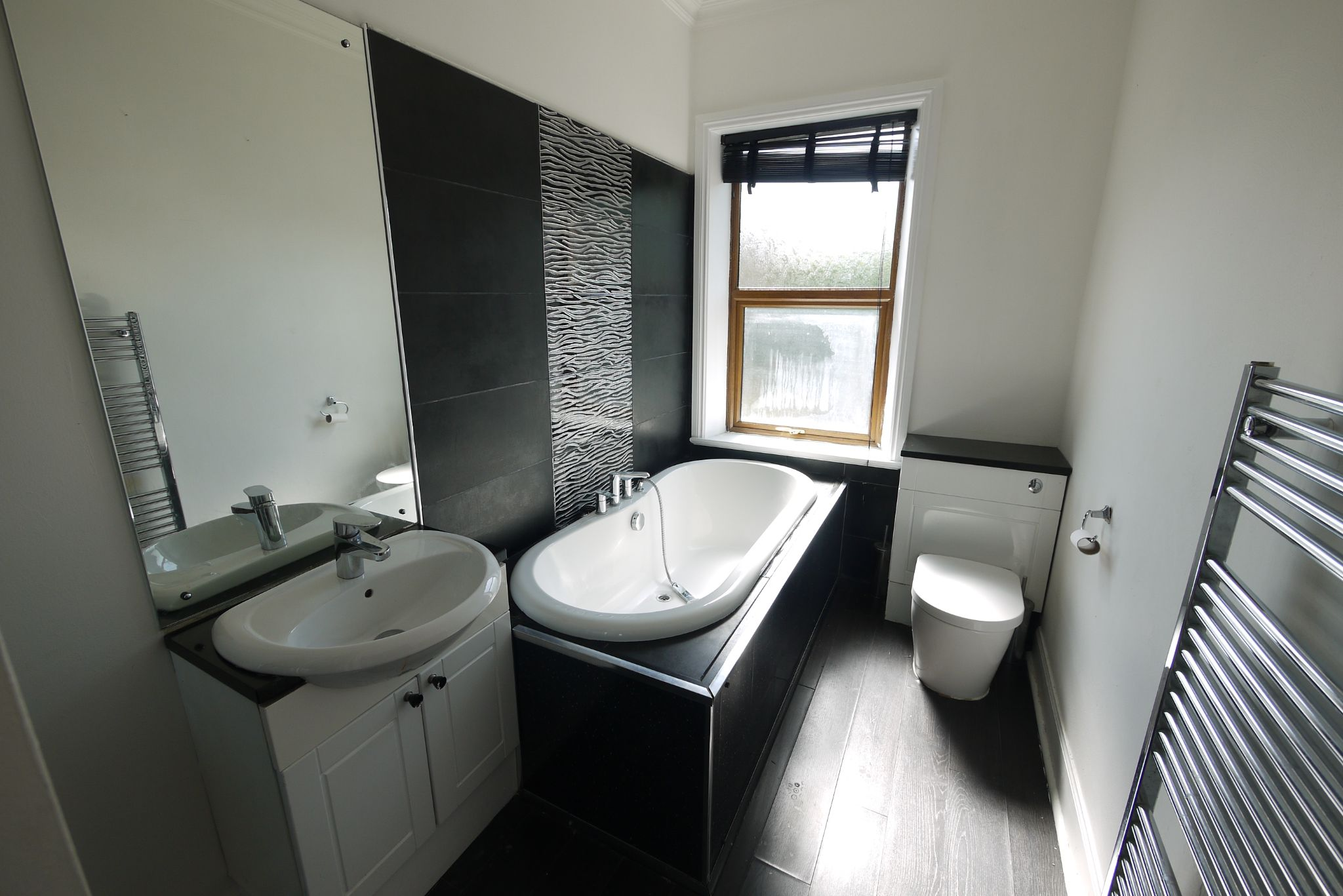 3 bedroom mid terraced house SSTC in Bradford - Photograph 10.