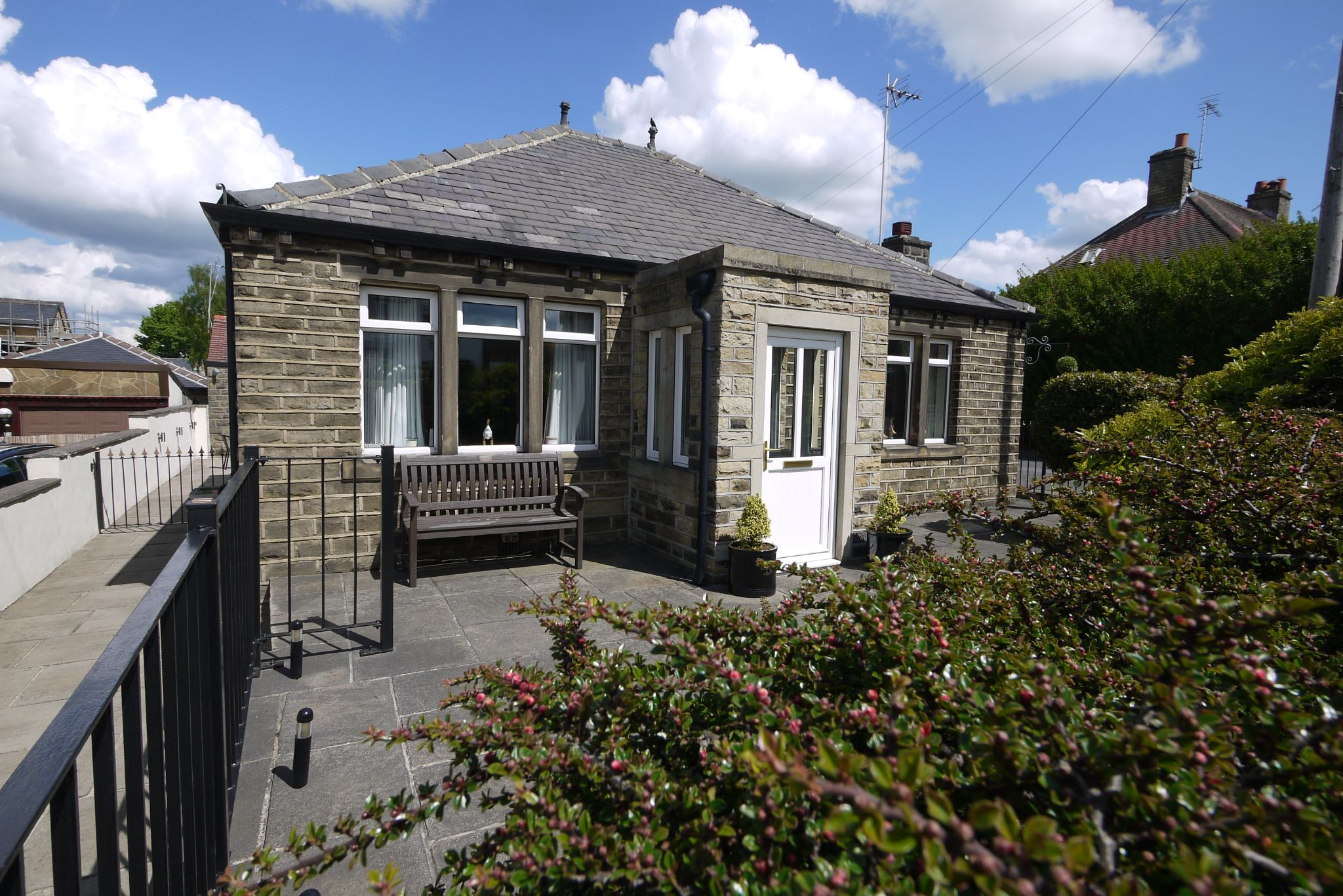 2 bedroom detached bungalow Sold in Brighouse - Photograph 1.