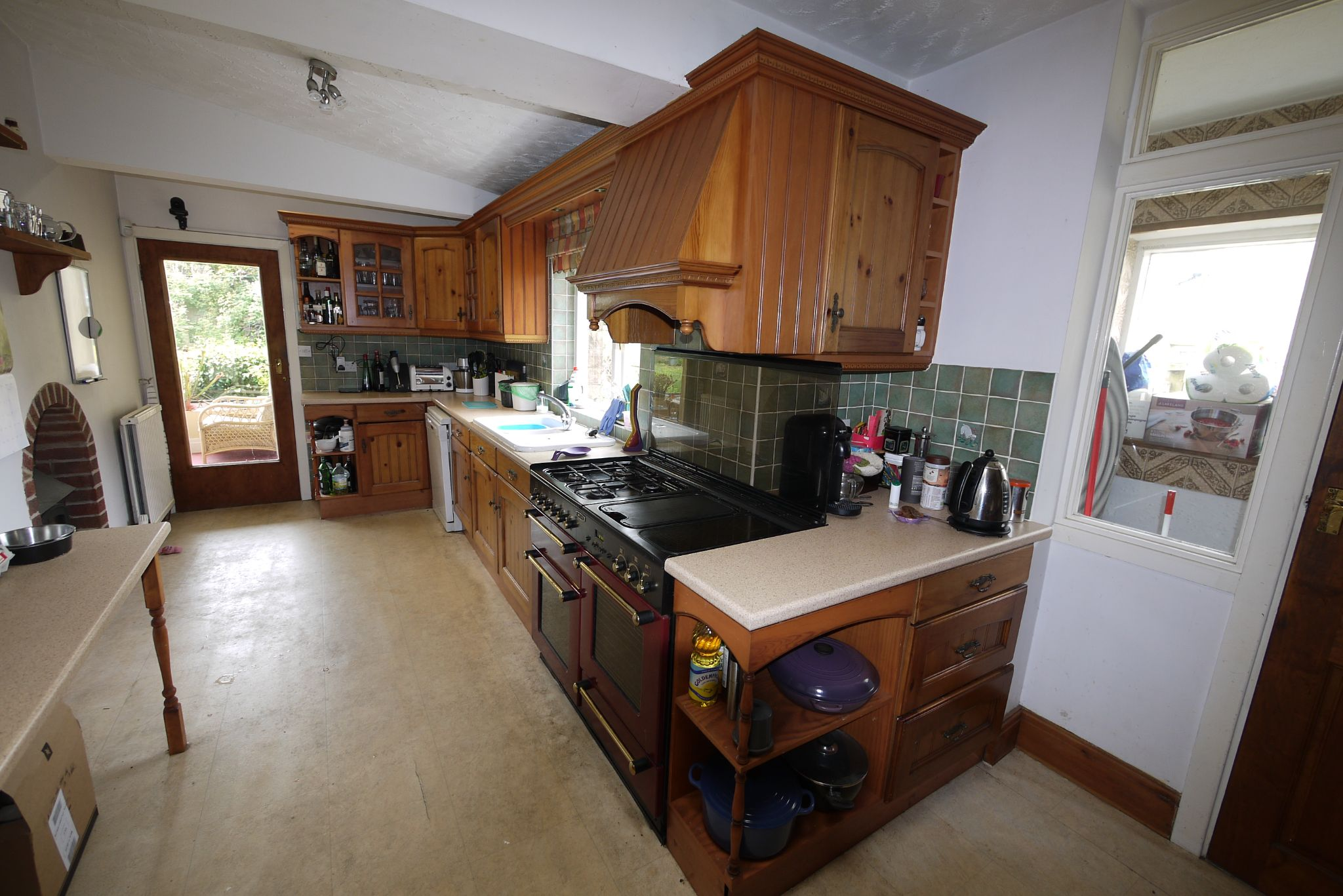 4 bedroom detached house SSTC in Brighouse - Photograph 11.