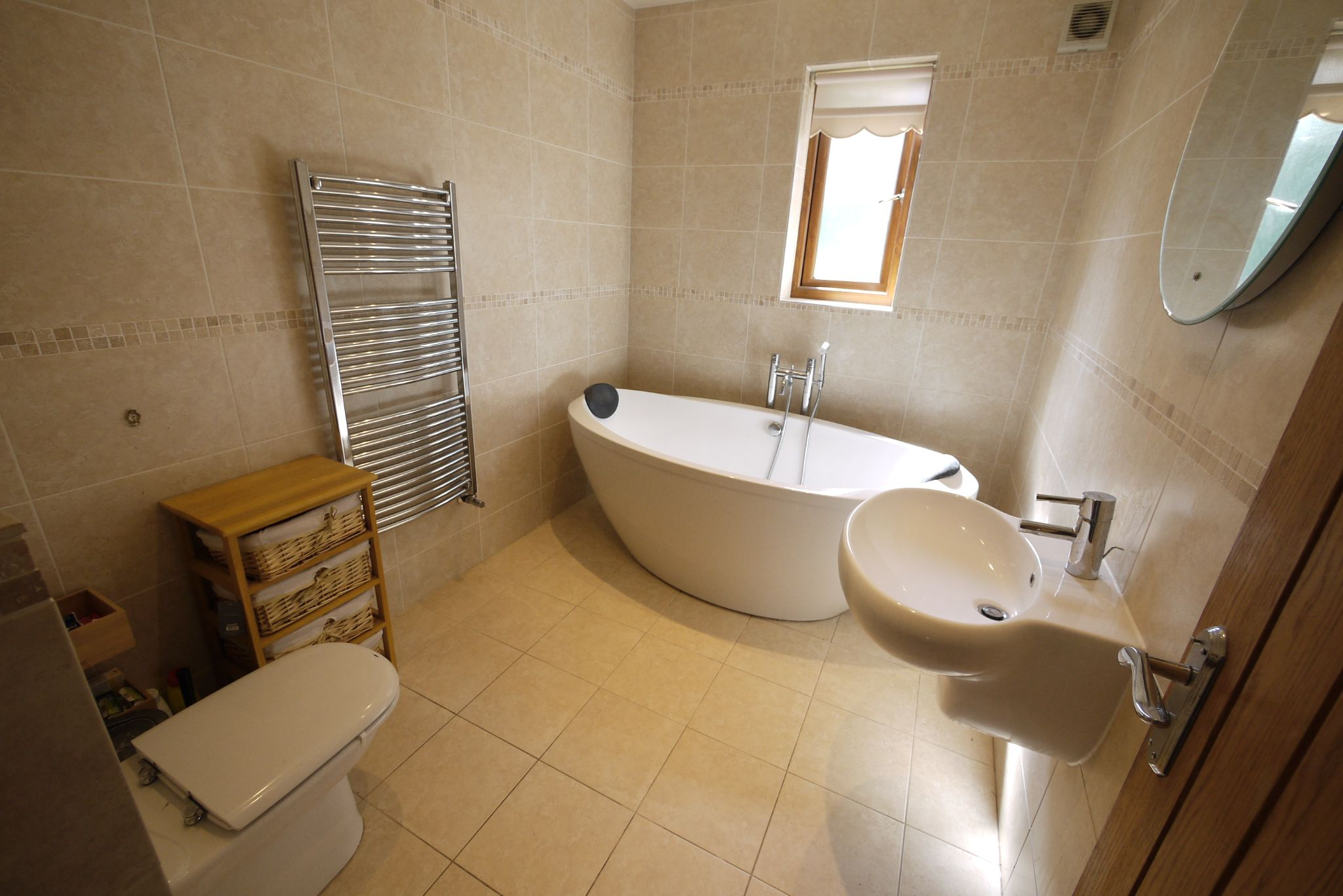 5 bedroom detached house For Sale in Brighouse - Photograph 11.