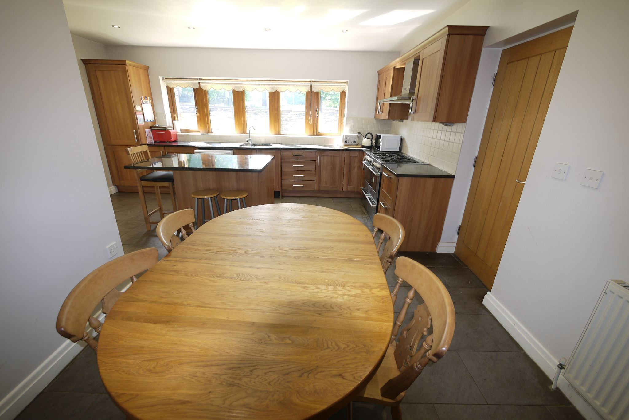5 bedroom detached house For Sale in Brighouse - Photograph 4.