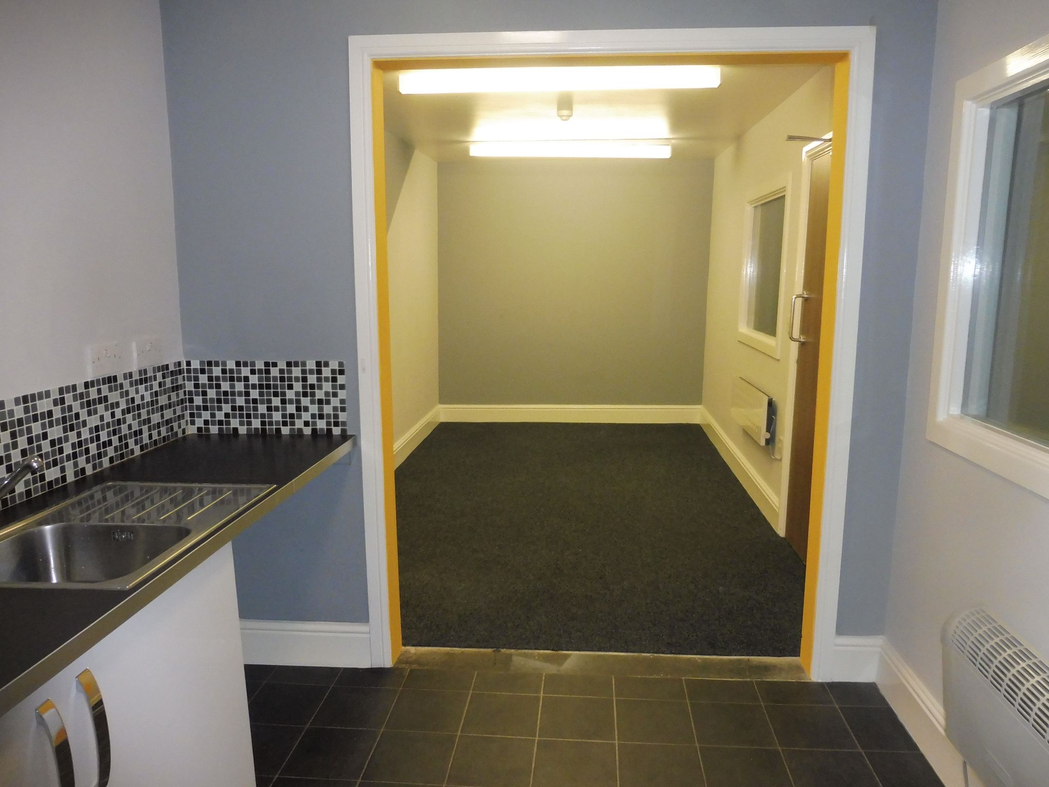 Industrial Units For Sale in Brighouse - Kitchen and restroom.