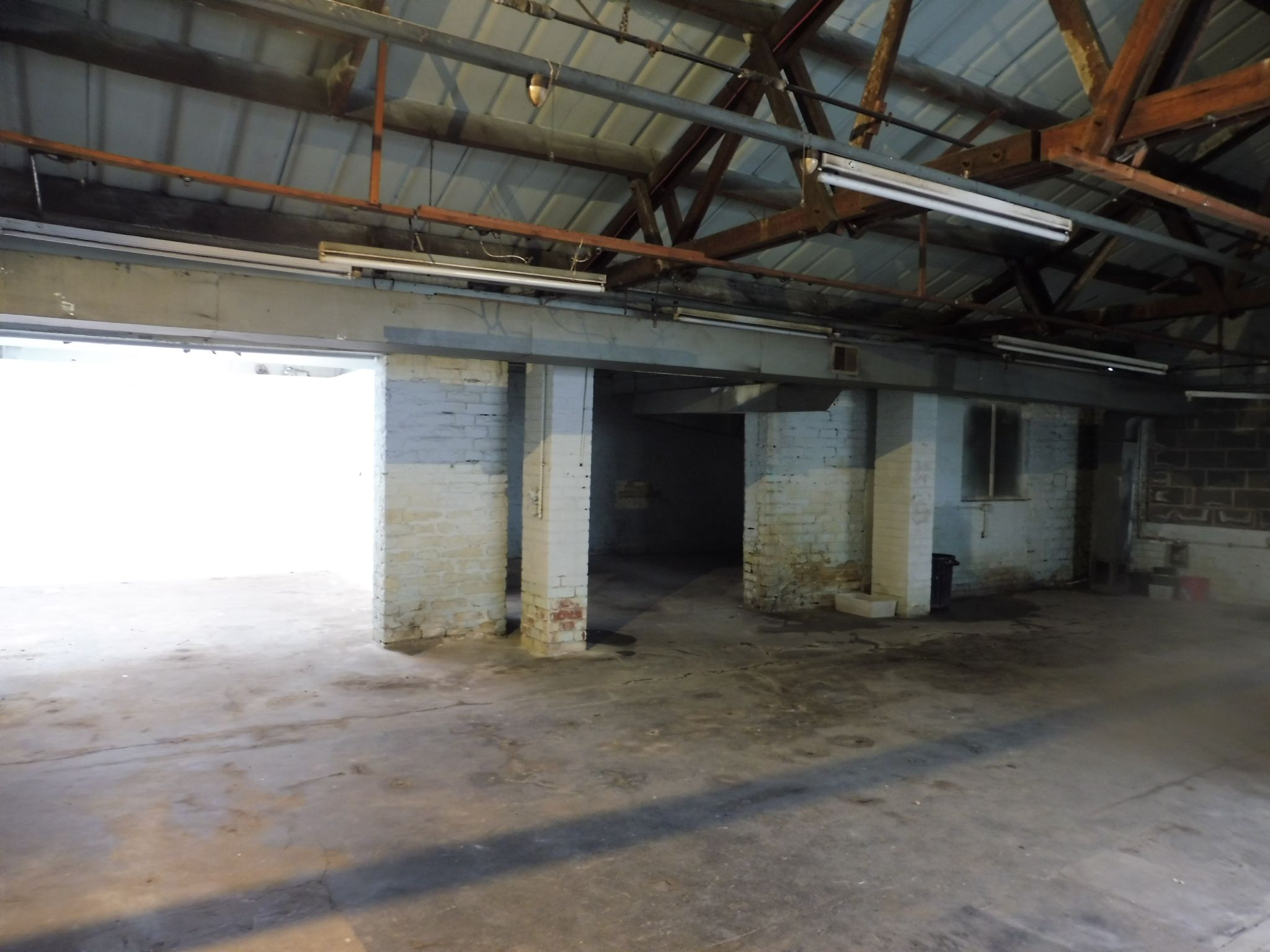 Industrial Units For Sale in Brighouse - Warehouse.