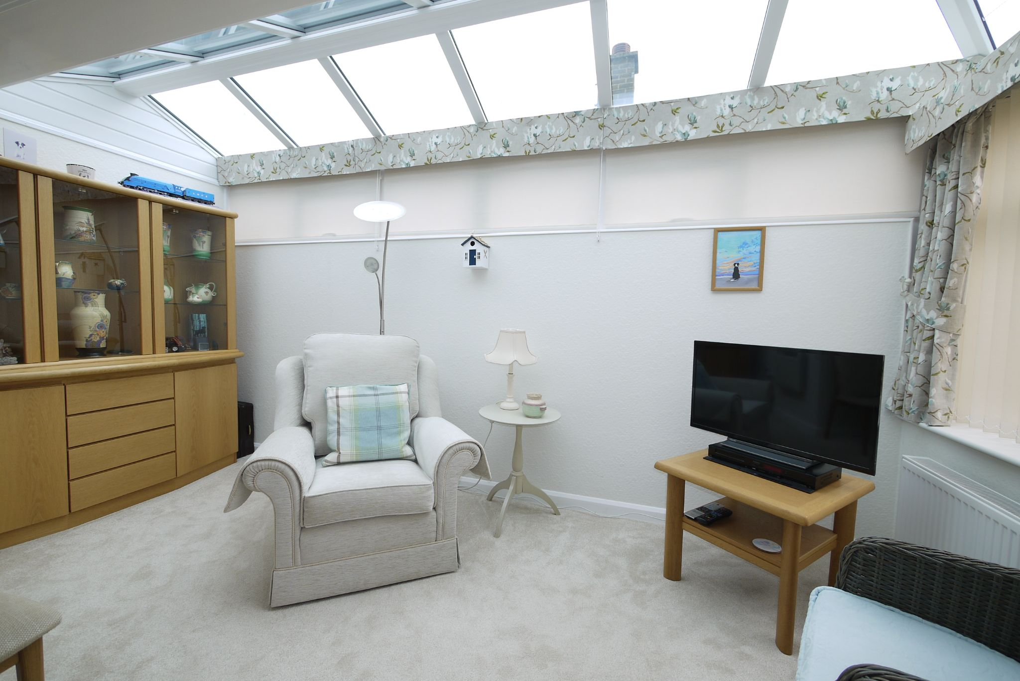 2 bedroom detached bungalow SSTC in Brighouse - Conservatory.