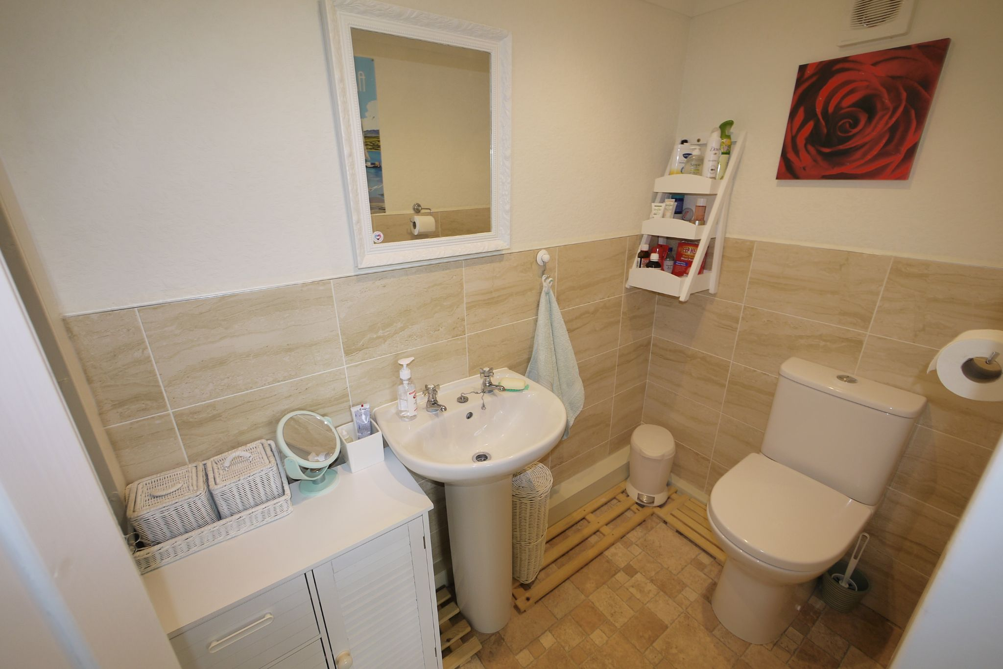 2 bedroom detached bungalow SSTC in Brighouse - Ensuite cloakroom.