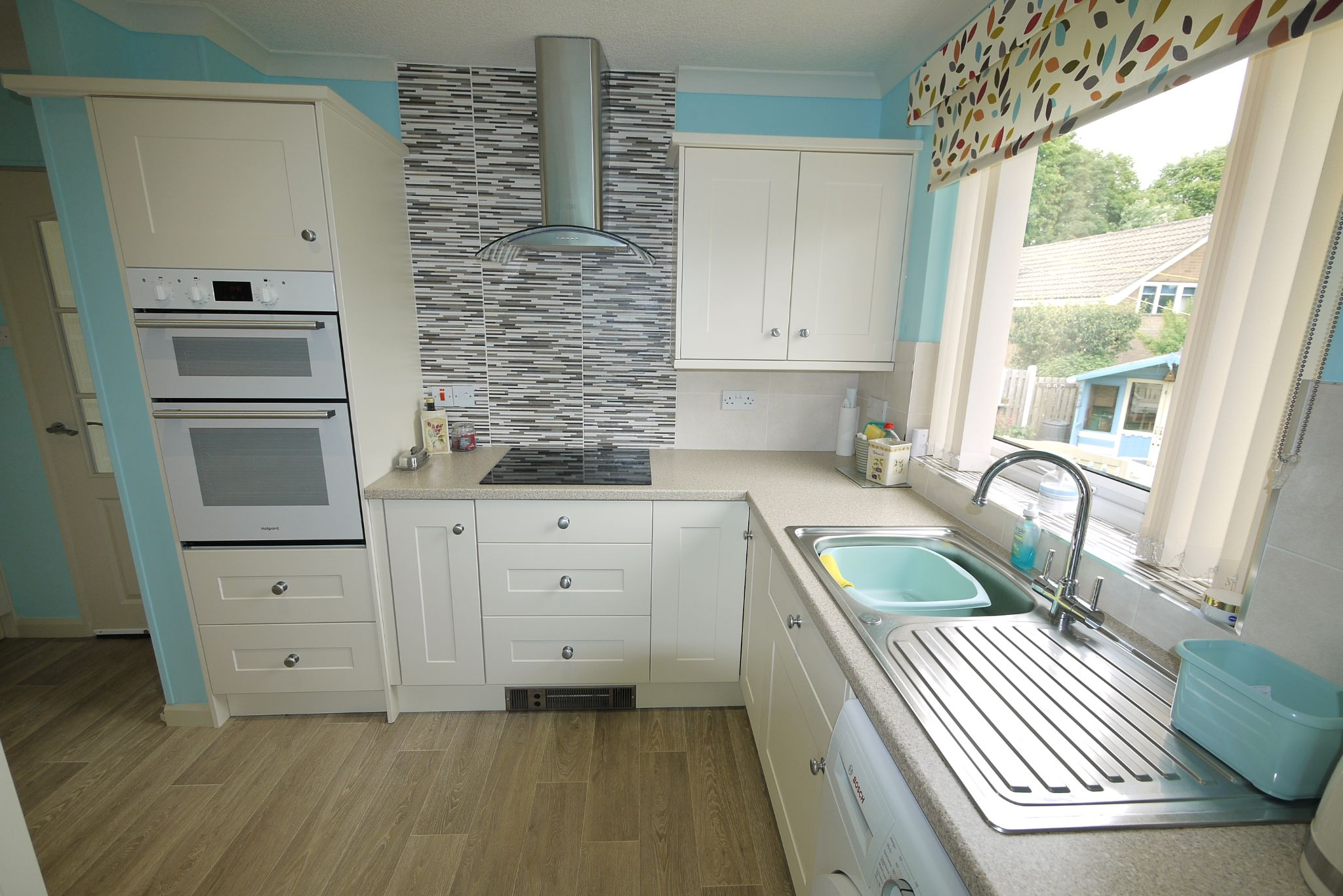 2 bedroom detached bungalow SSTC in Brighouse - Kitchen 2.