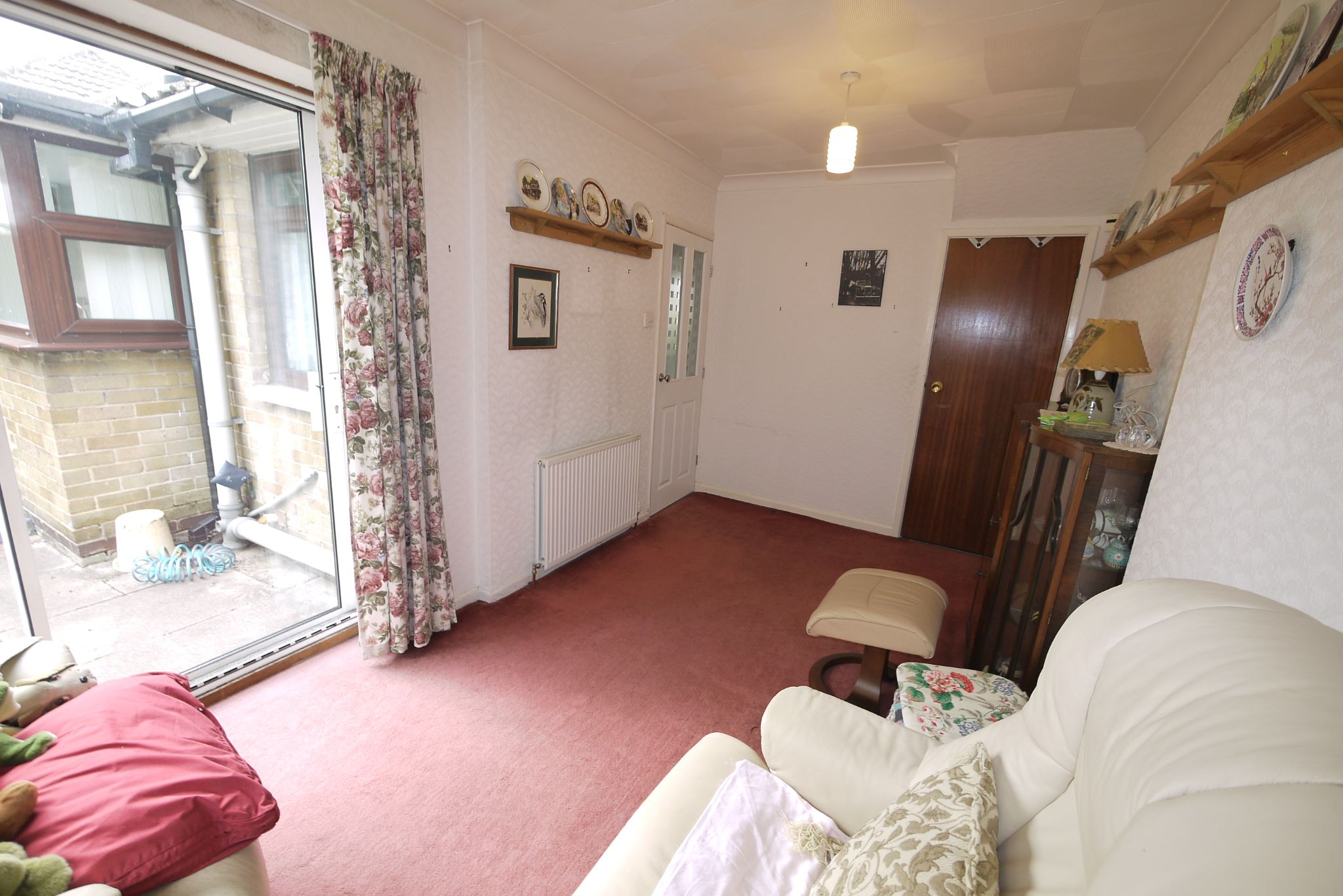 3 bedroom semi-detached bungalow SSTC in Brighouse - Photograph 6.