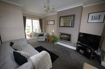 3 bedroom semi-detached house SSTC in Brighouse - Photograph 5.