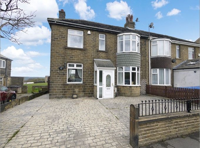 3 bedroom semi-detached house SSTC in Brighouse - Photograph 1.
