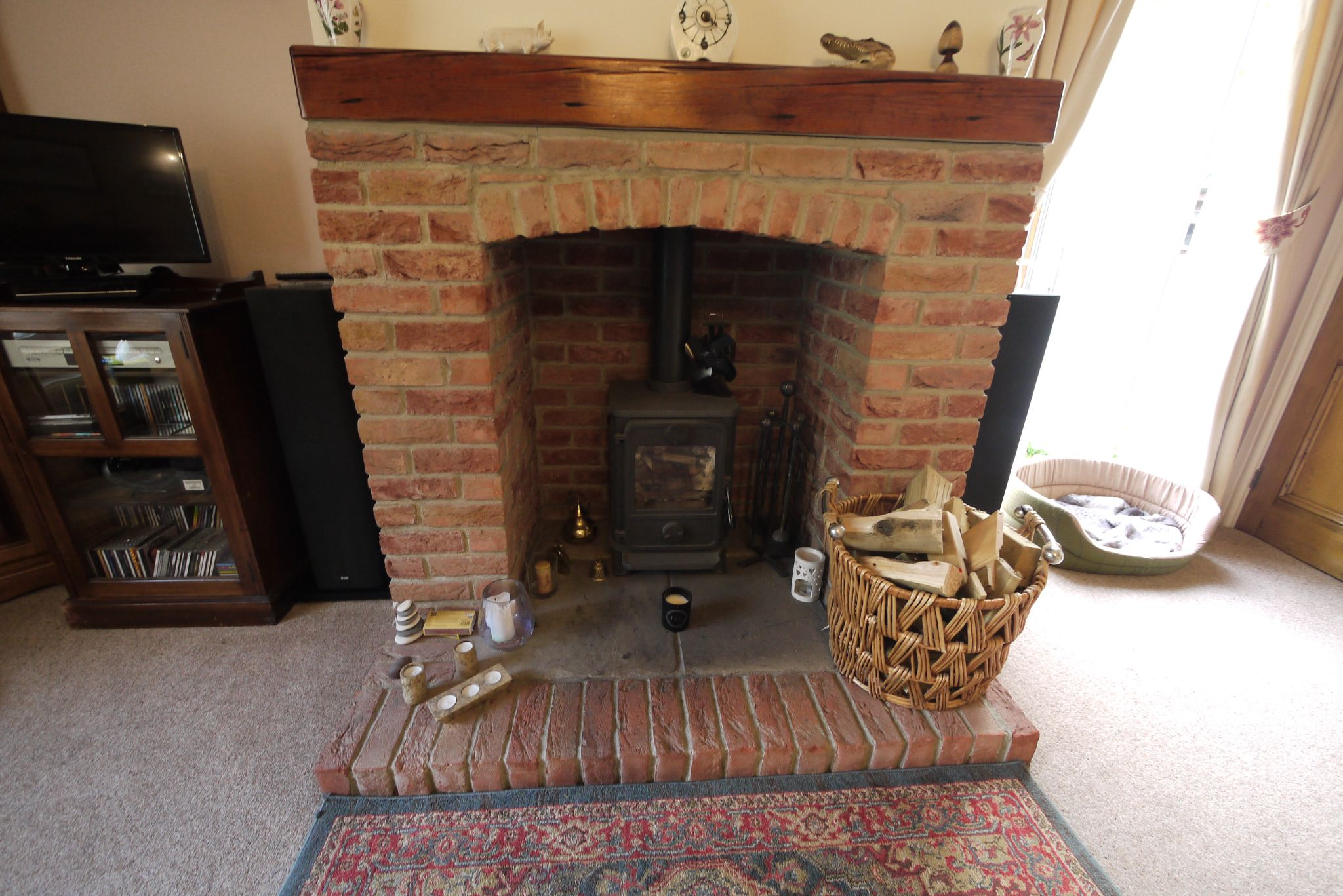 3 bedroom semi-detached house For Sale in Brighouse - Photograph 11.