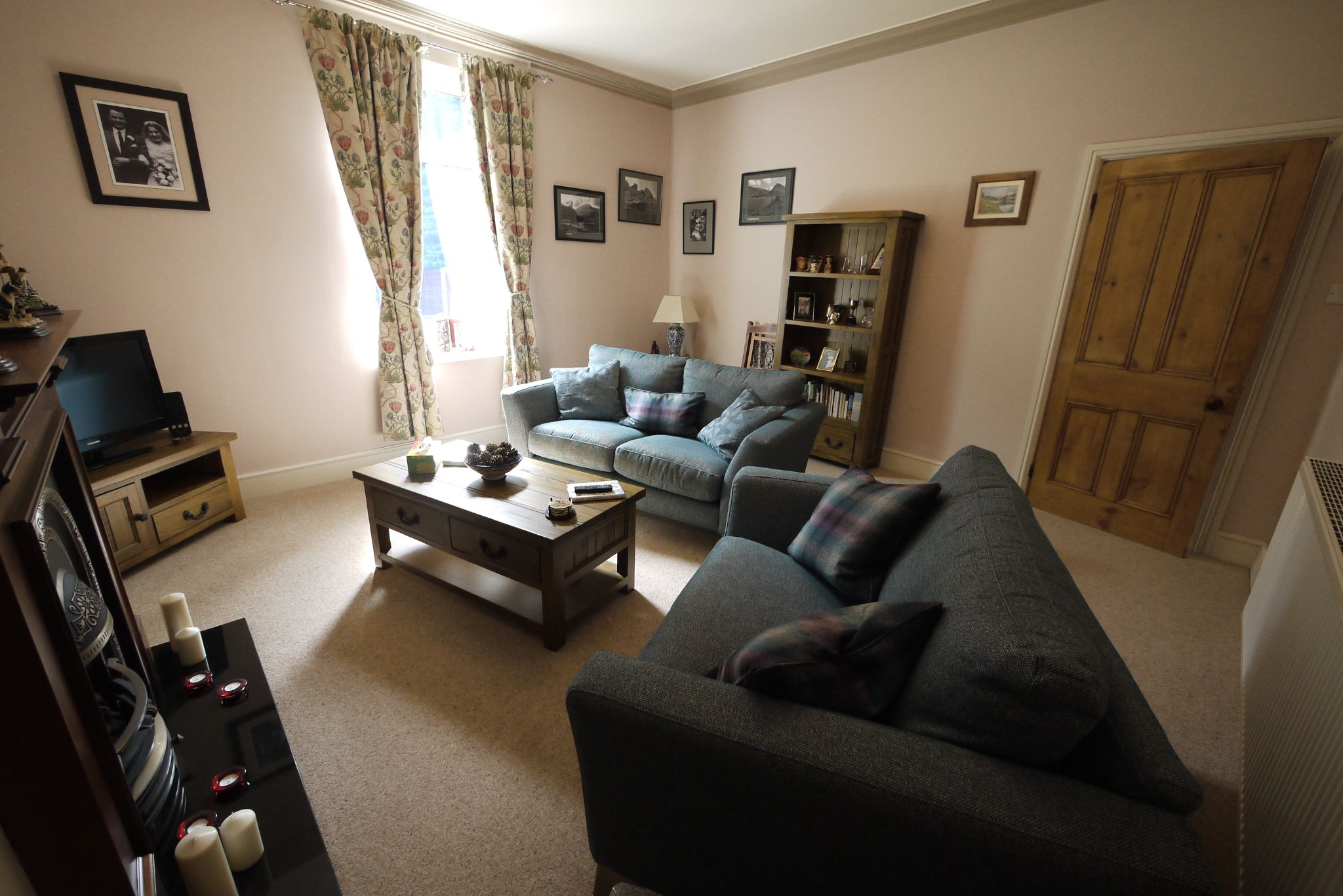 3 bedroom semi-detached house For Sale in Brighouse - Photograph 14.