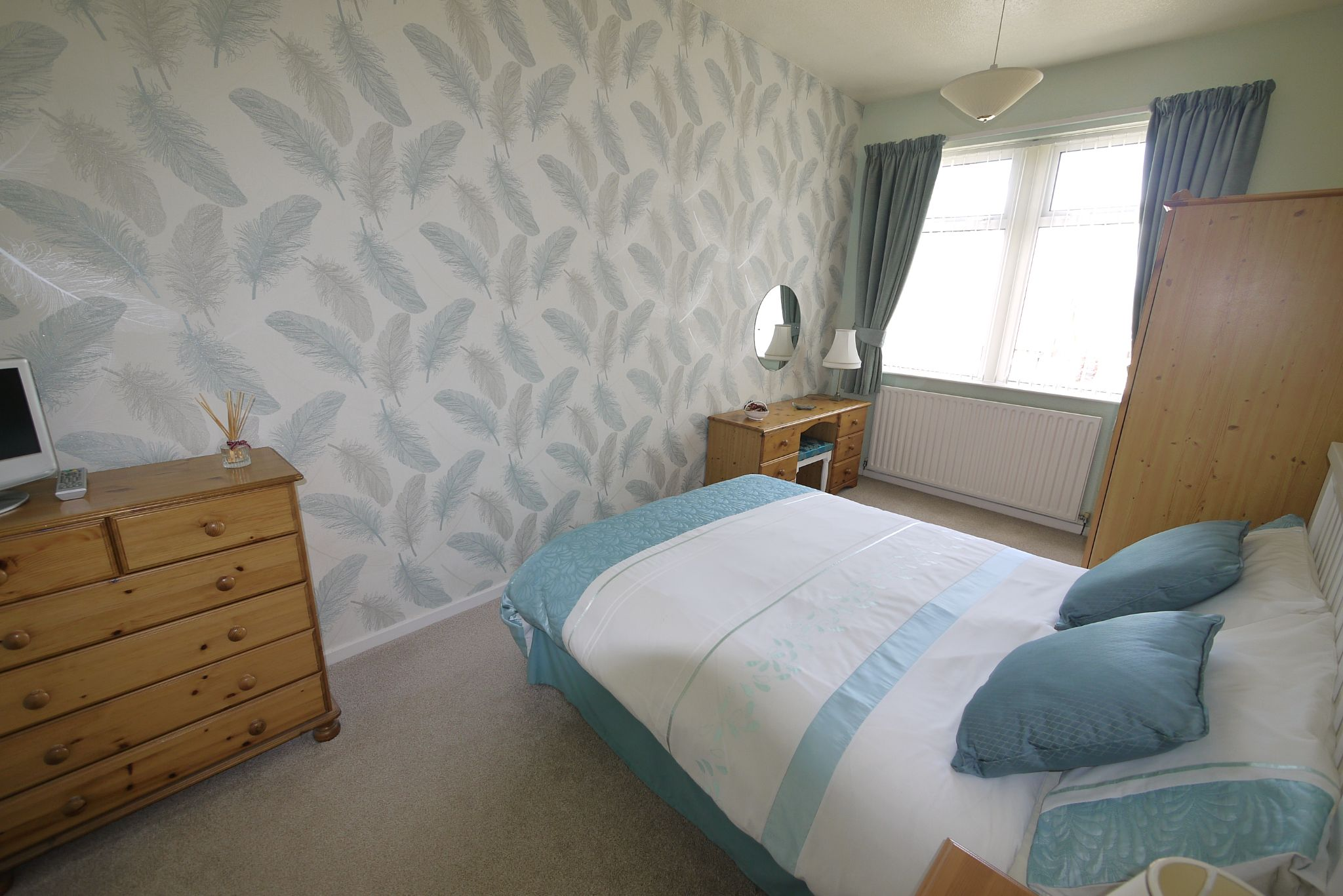 4 bedroom semi-detached house SSTC in Brighouse - Photograph 14.