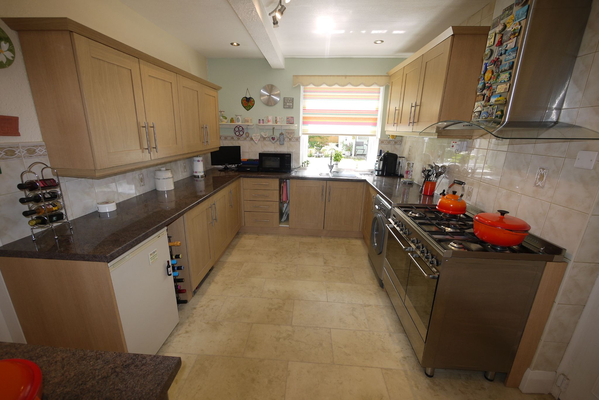 4 bedroom semi-detached house SSTC in Brighouse - Photograph 3.