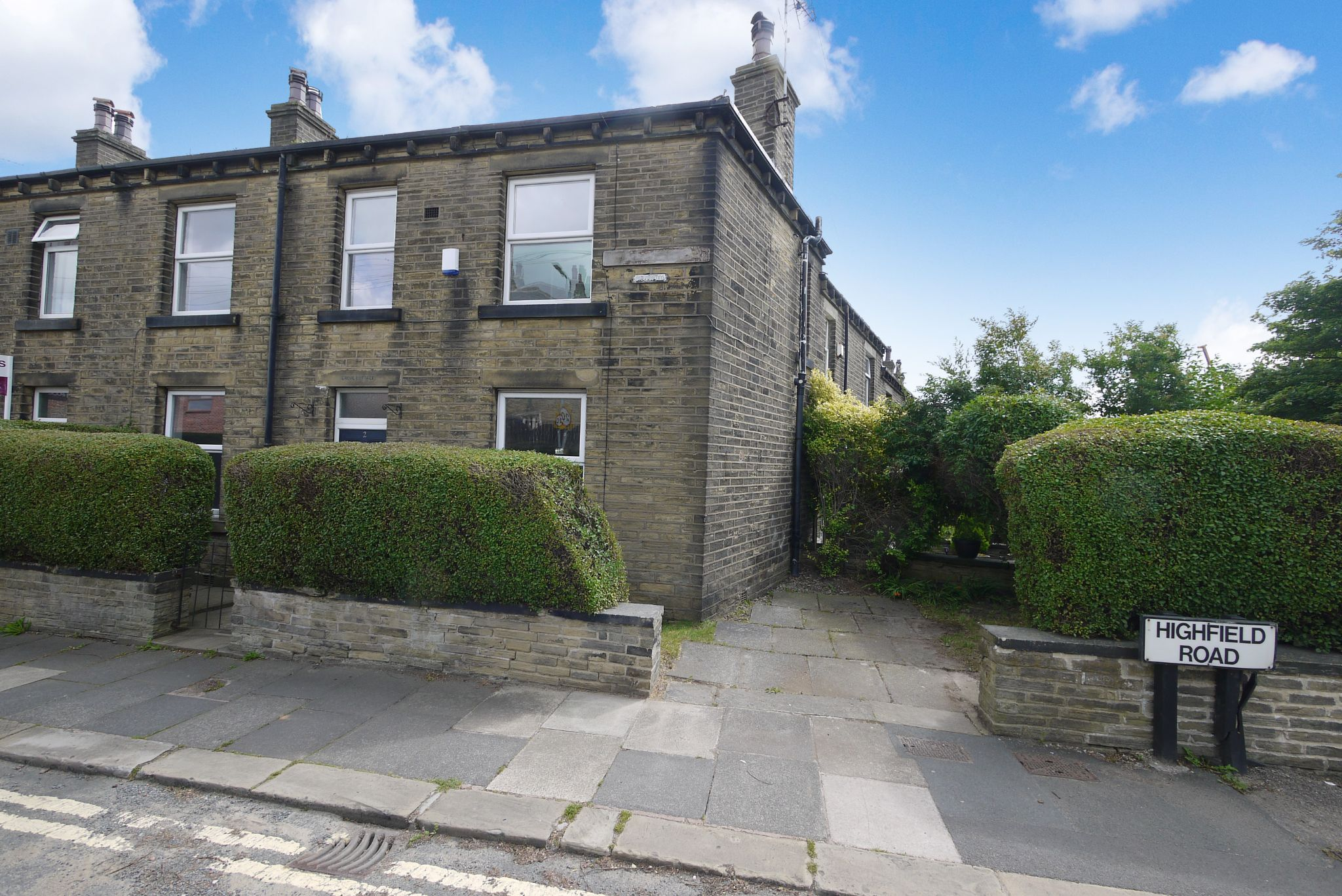 3 bedroom end terraced house SSTC in Brighouse - Photograph 1.