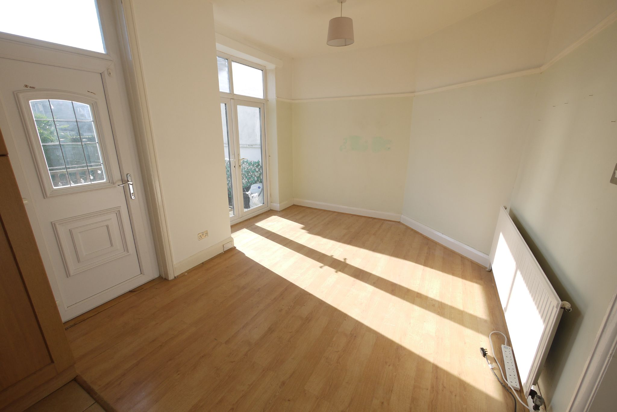 3 bedroom semi-detached house SSTC in Brighouse - Photograph 4.