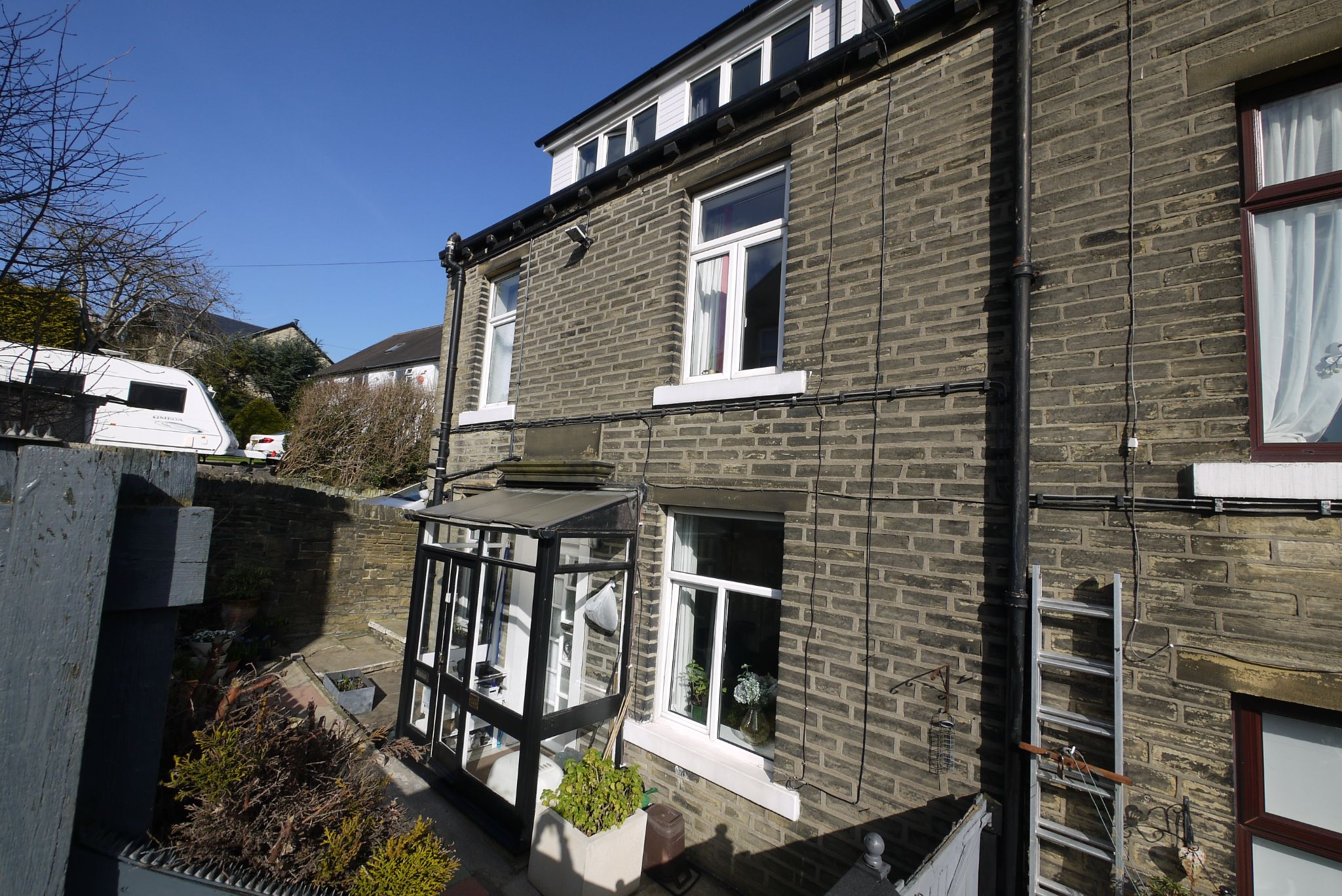 2 bedroom mid terraced house For Sale in Halifax - Photograph 1.