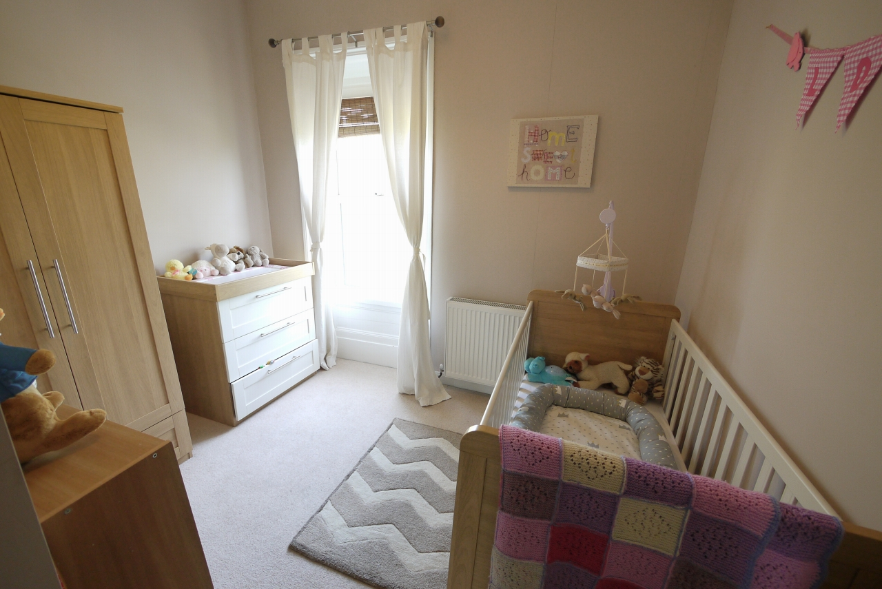 3 bedroom end terraced house SSTC in Brighouse - Bedroom 3.