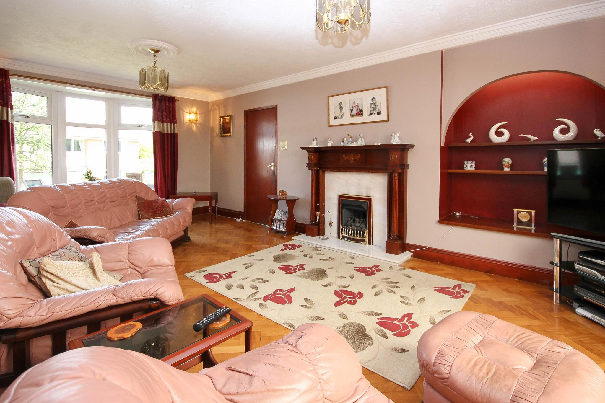 6 bedroom detached house Sale Agreed in Bolton - Property photograph