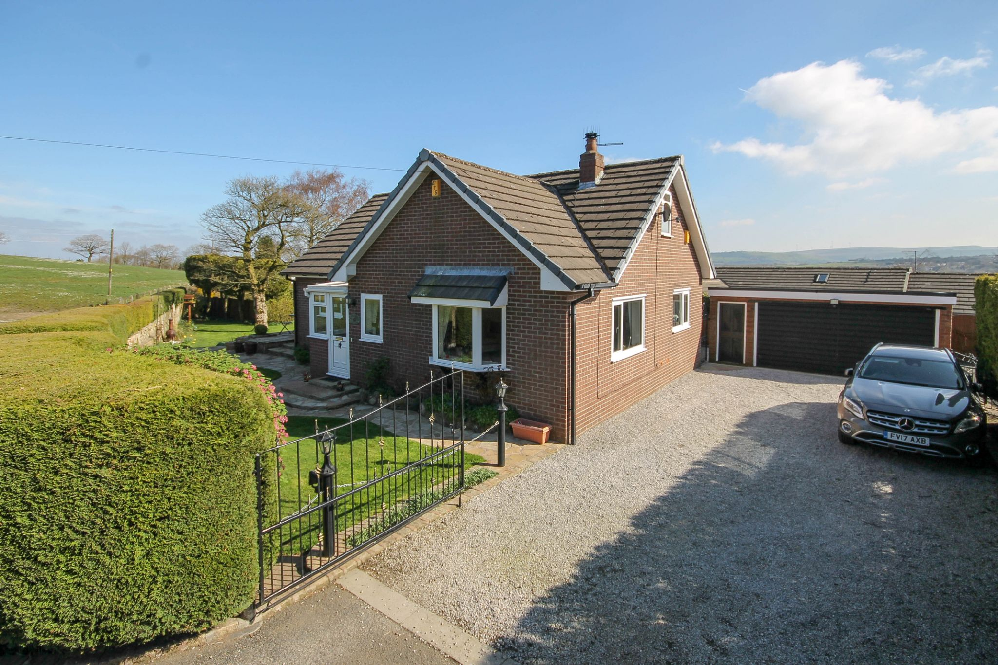 3 bedroom detached house For Sale in Darwen - Property photograph