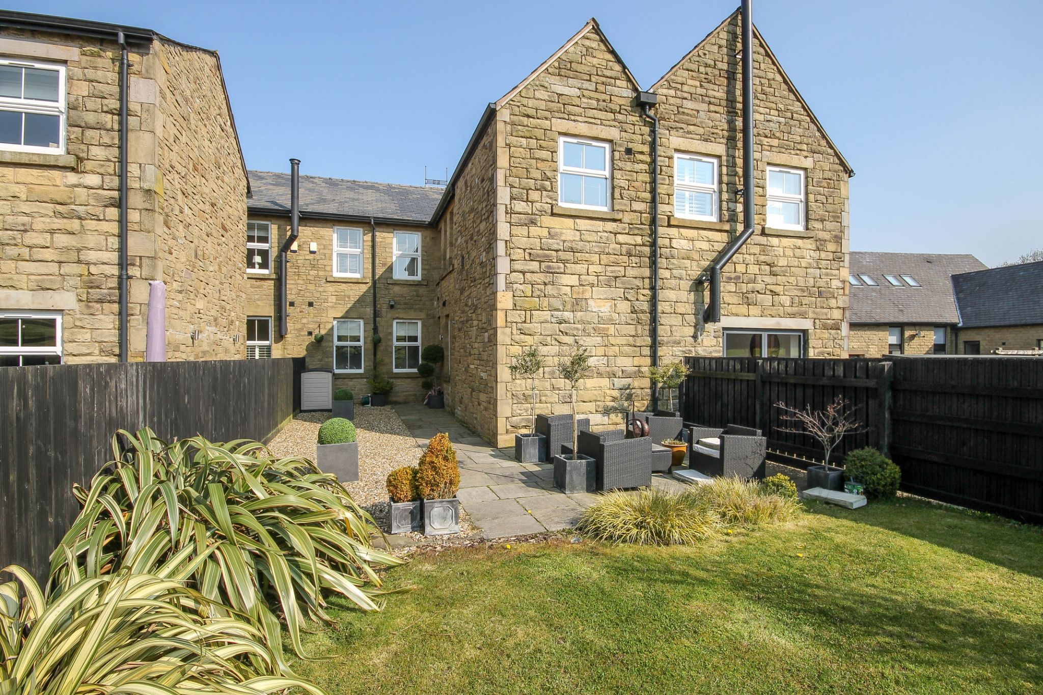 5 bedroom town house Sale Agreed in Bolton - Photograph 38