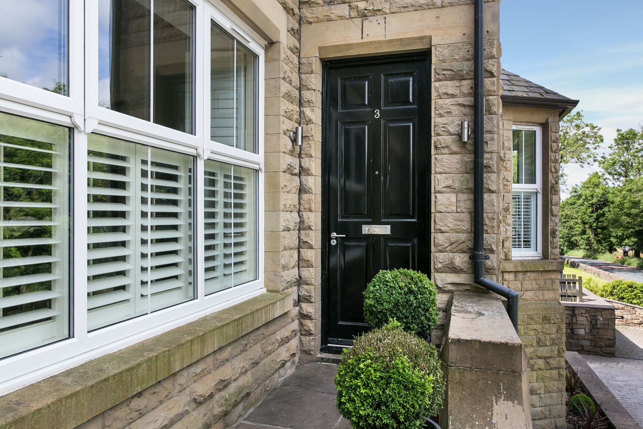 5 bedroom town house For Sale in Bolton - Photograph 21