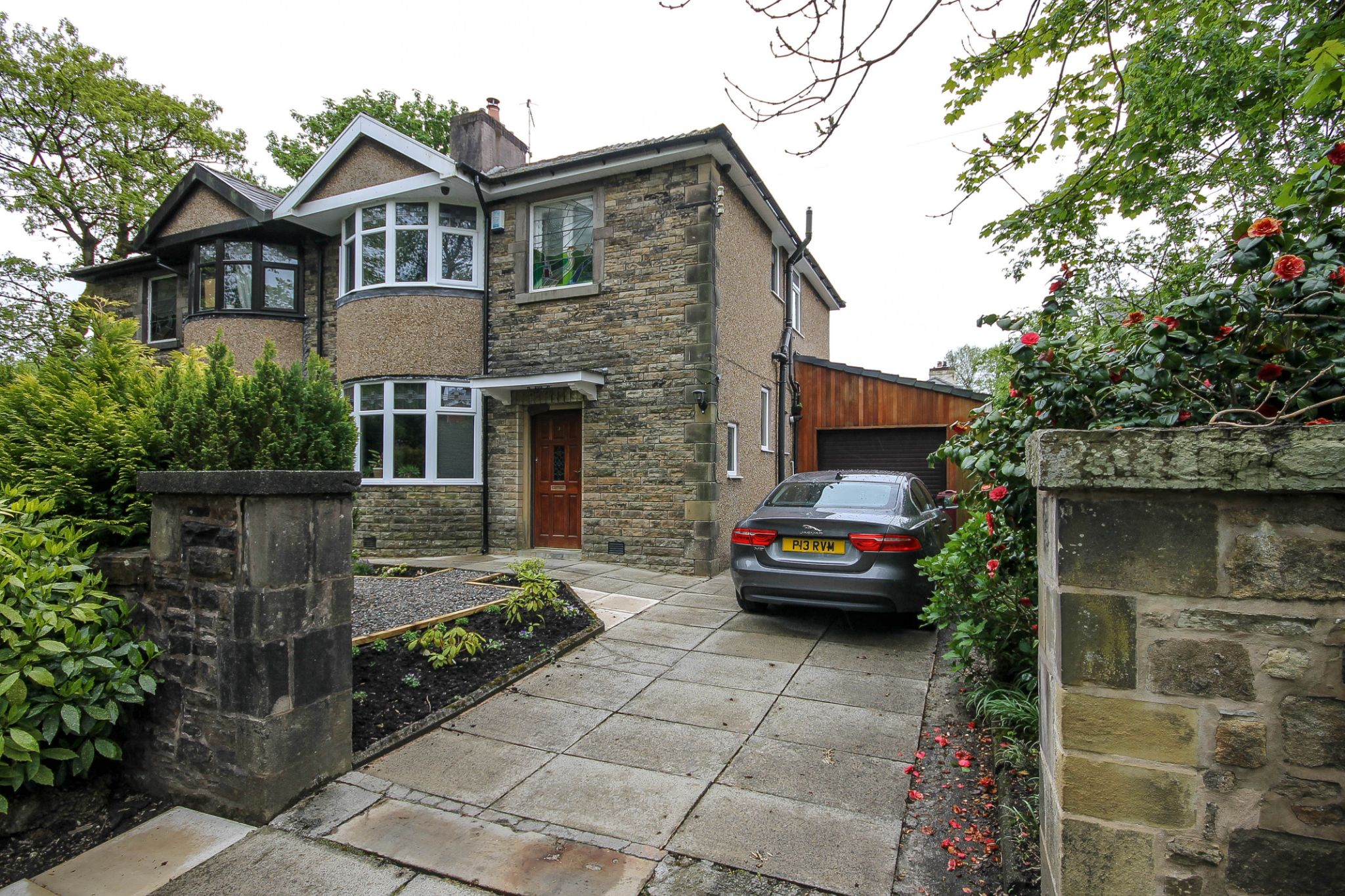 3 bedroom semi-detached house For Sale in Darwen - Property photograph