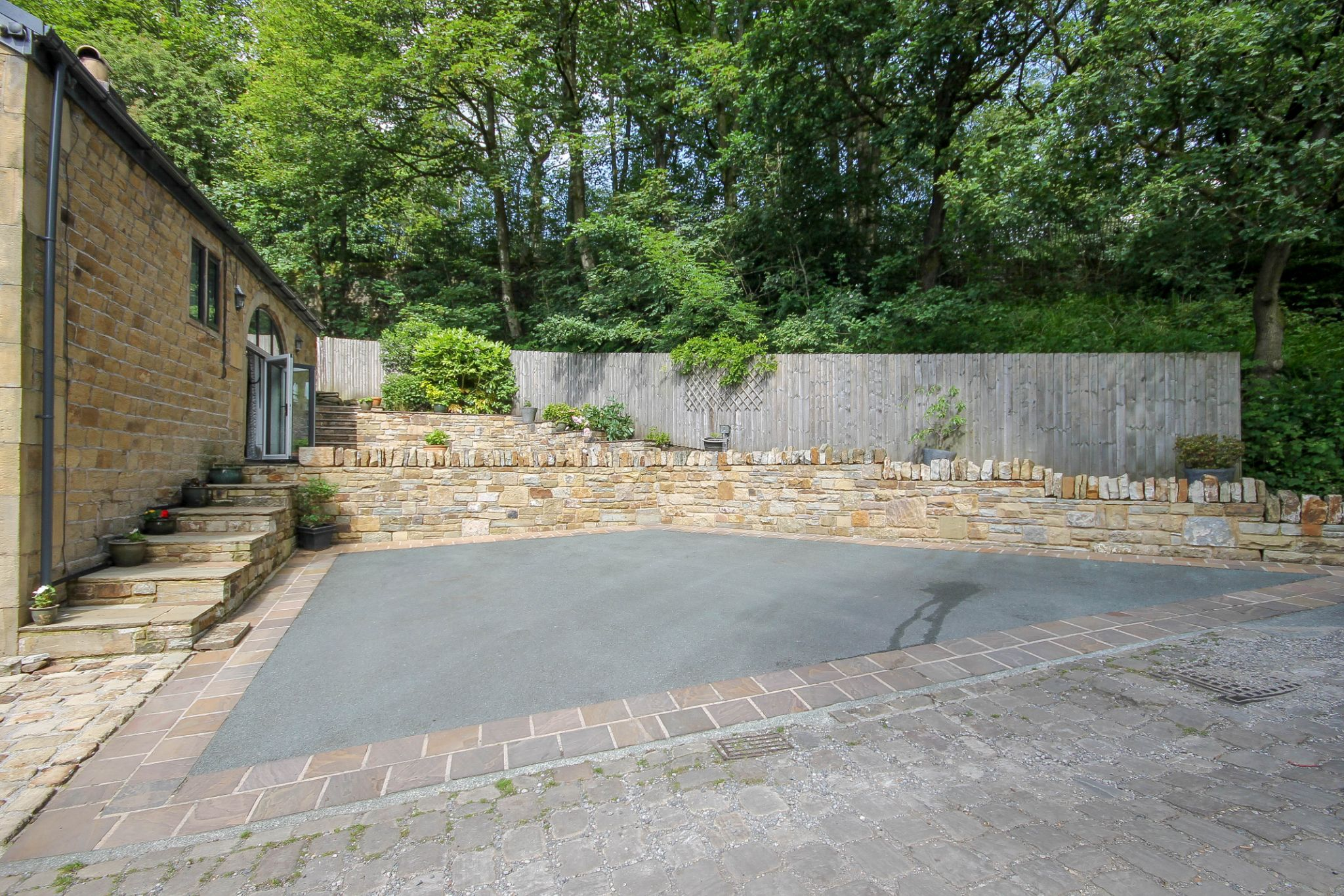 4 bedroom detached house For Sale in Bolton - Photograph 22