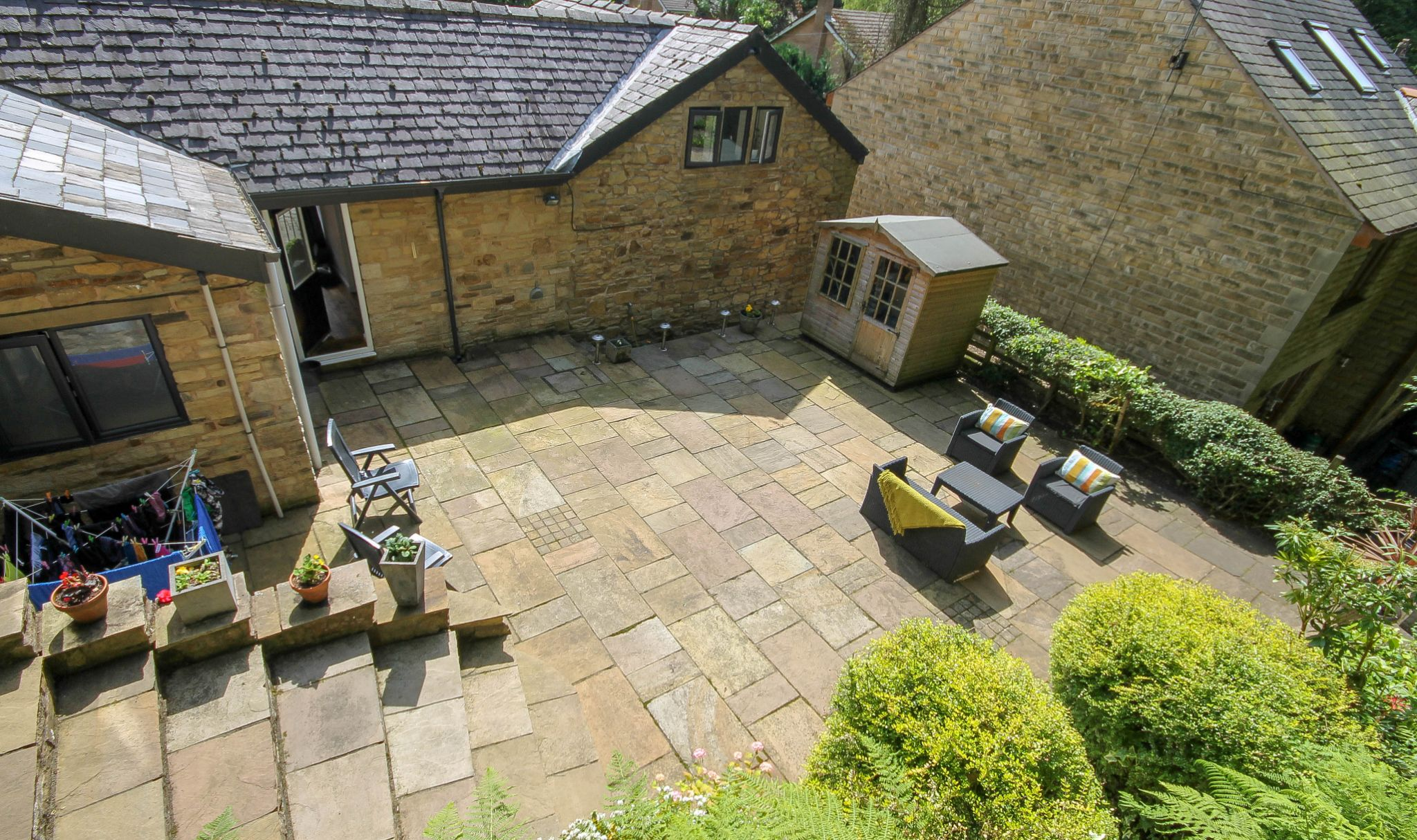 4 bedroom detached house Sale Agreed in Bolton - Photograph 25