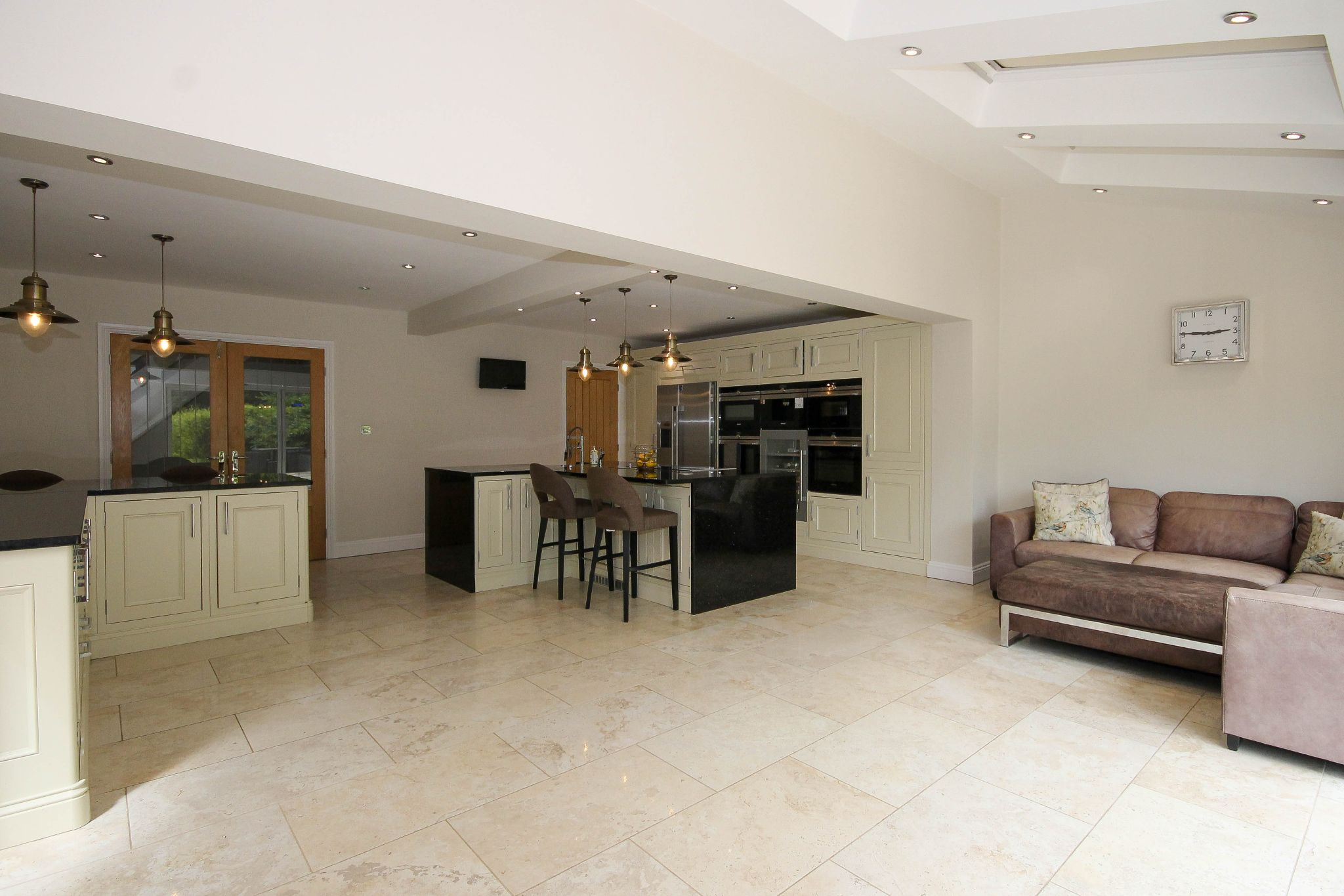 4 bedroom detached house Sale Agreed in Bolton - Photograph 13