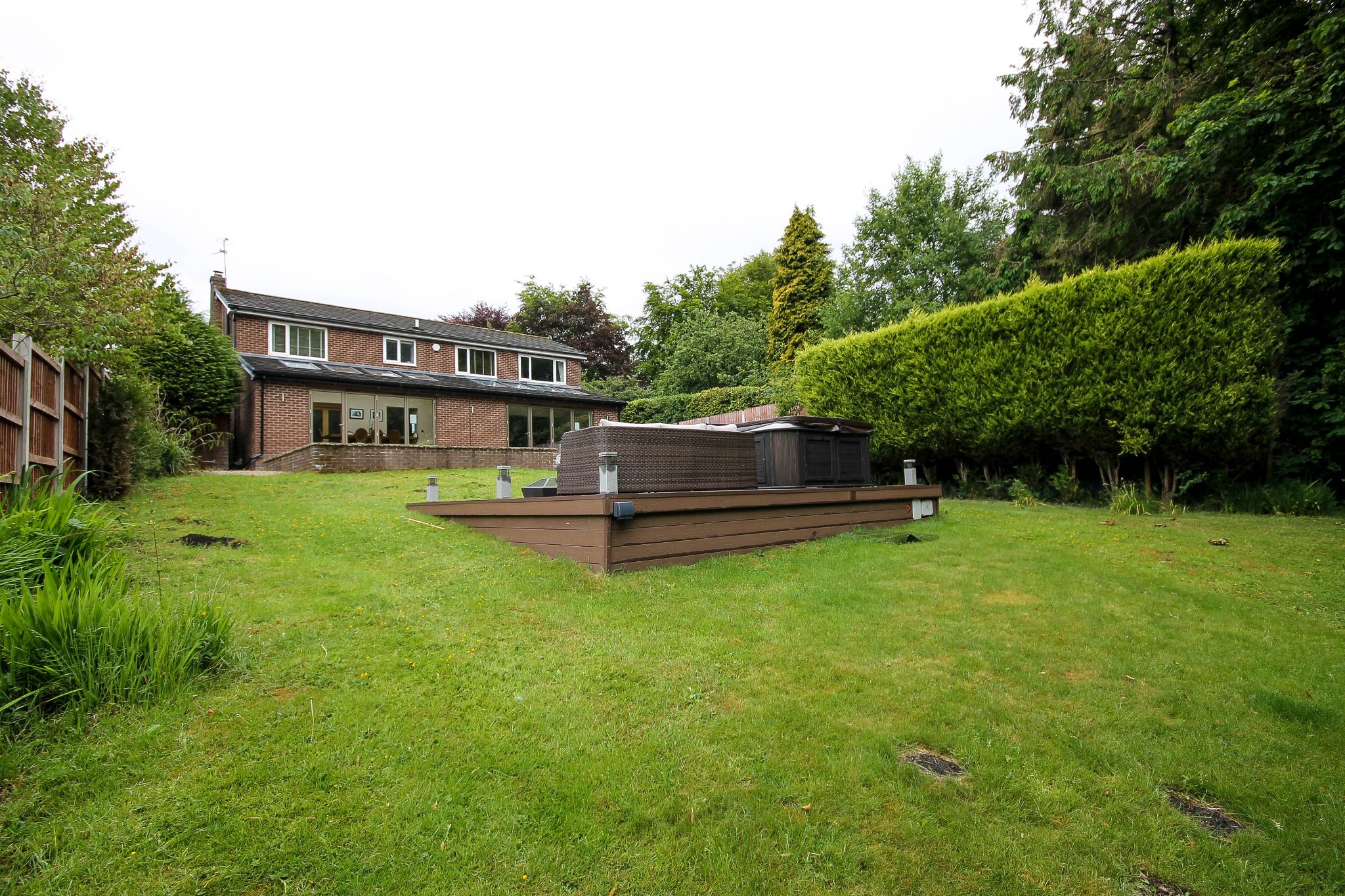 4 bedroom detached house Sale Agreed in Bolton - Photograph 41