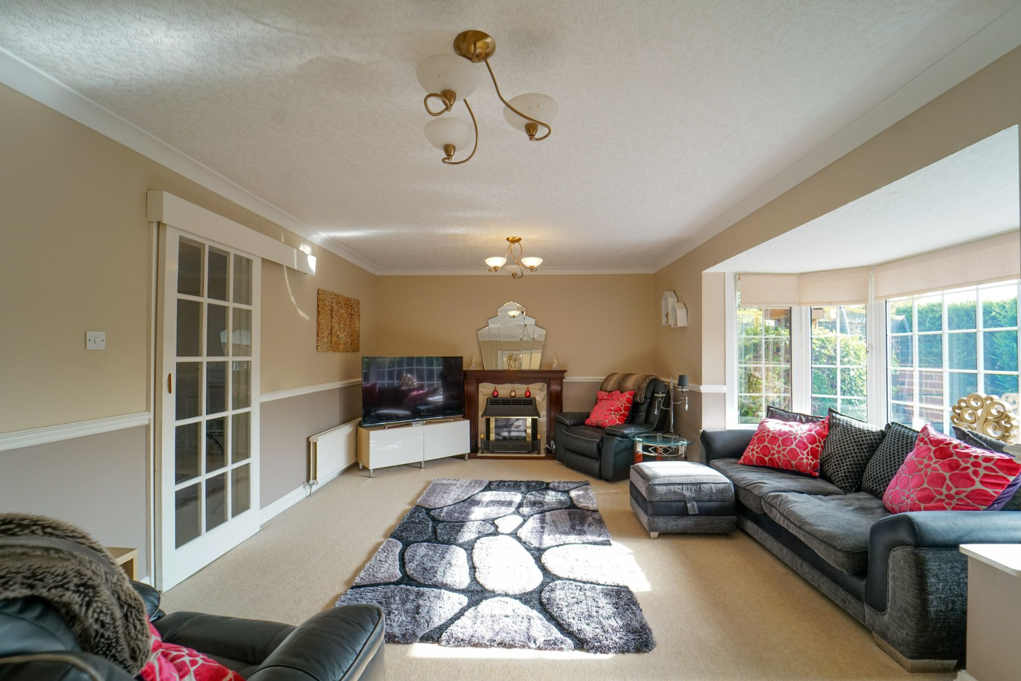 4 bedroom detached house Sale Agreed in Bolton - Photograph 24