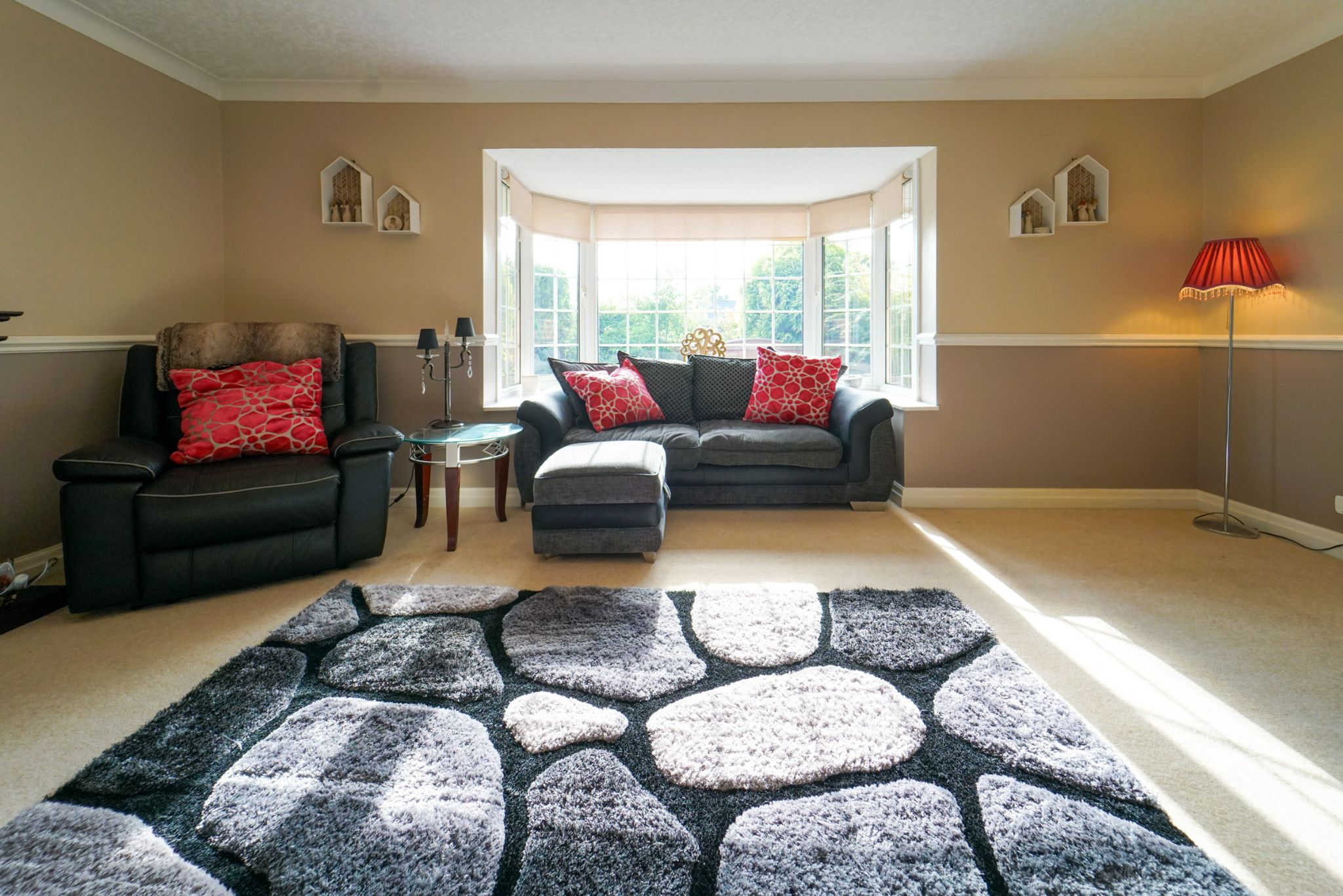 4 bedroom detached house Sale Agreed in Bolton - Photograph 27