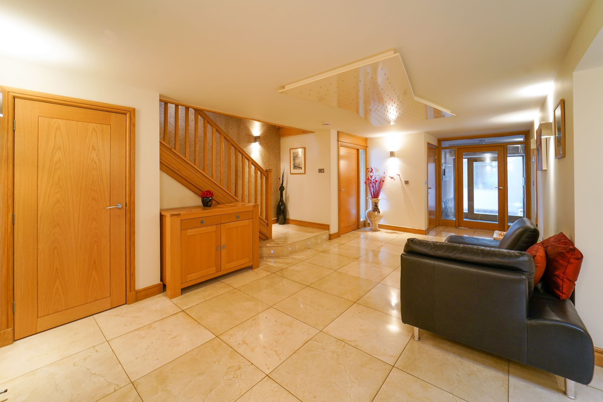 5 bedroom barn conversion house For Sale in Bolton - Photograph 12