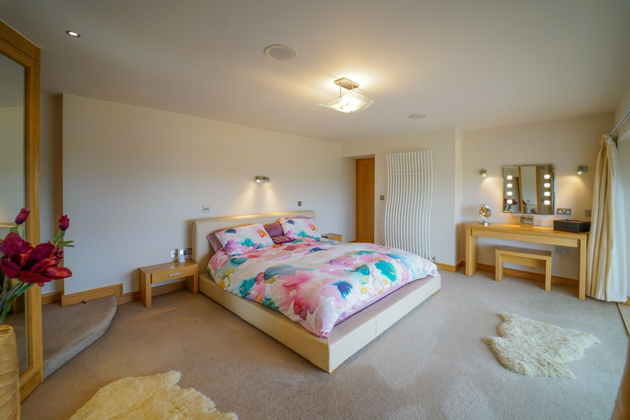 5 bedroom barn conversion house For Sale in Bolton - Photograph 40