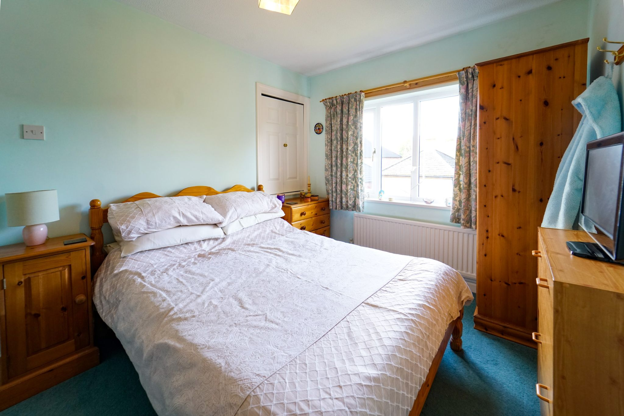 5 bedroom detached house For Sale in Bolton - Photograph 35